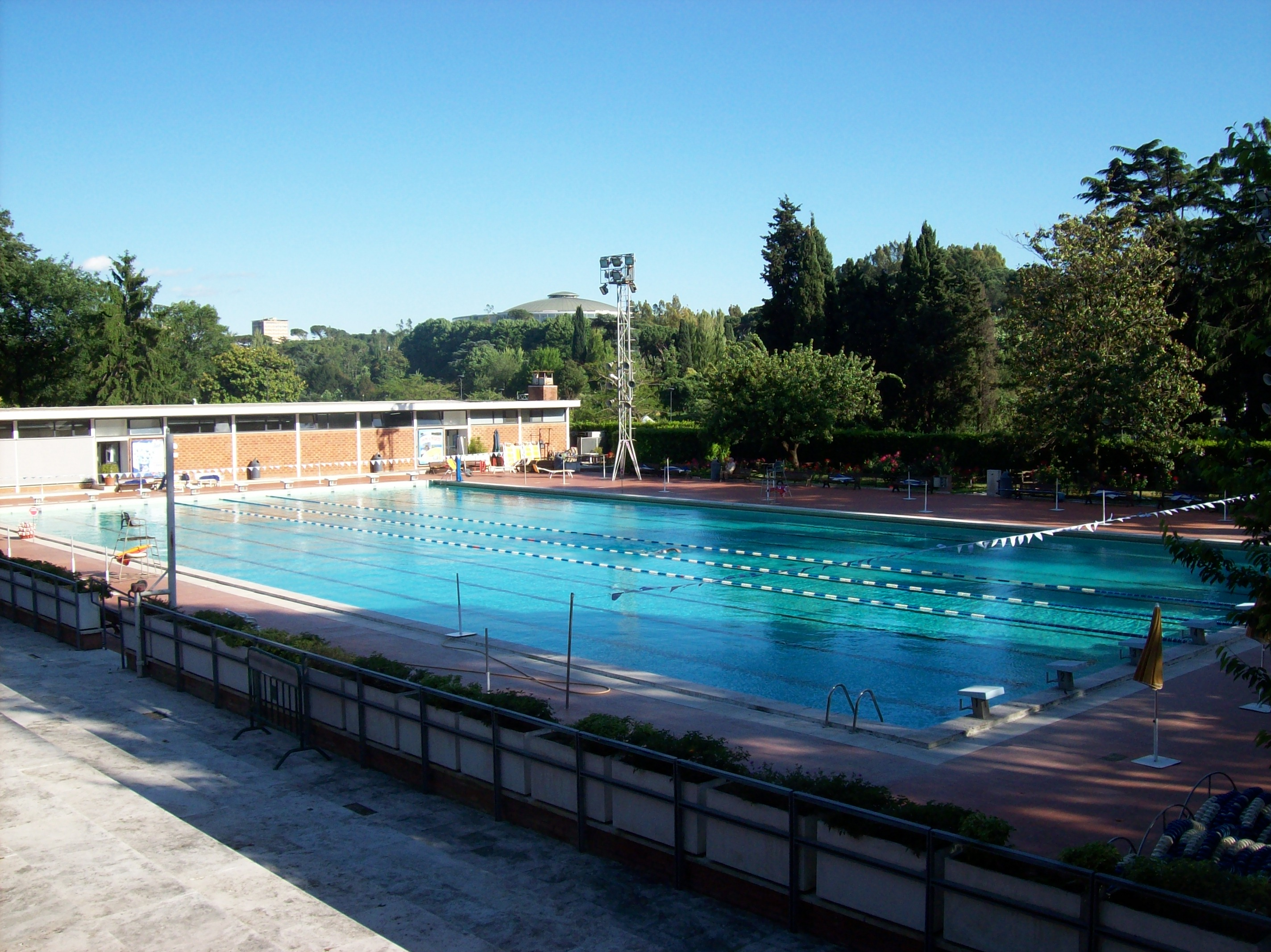 File roma eur piscina delle rose wikimedia commons for Piscina roses