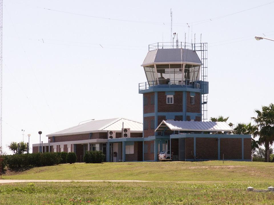 Image result for Aeropuerto Roque Sáenz Peña aerochaco