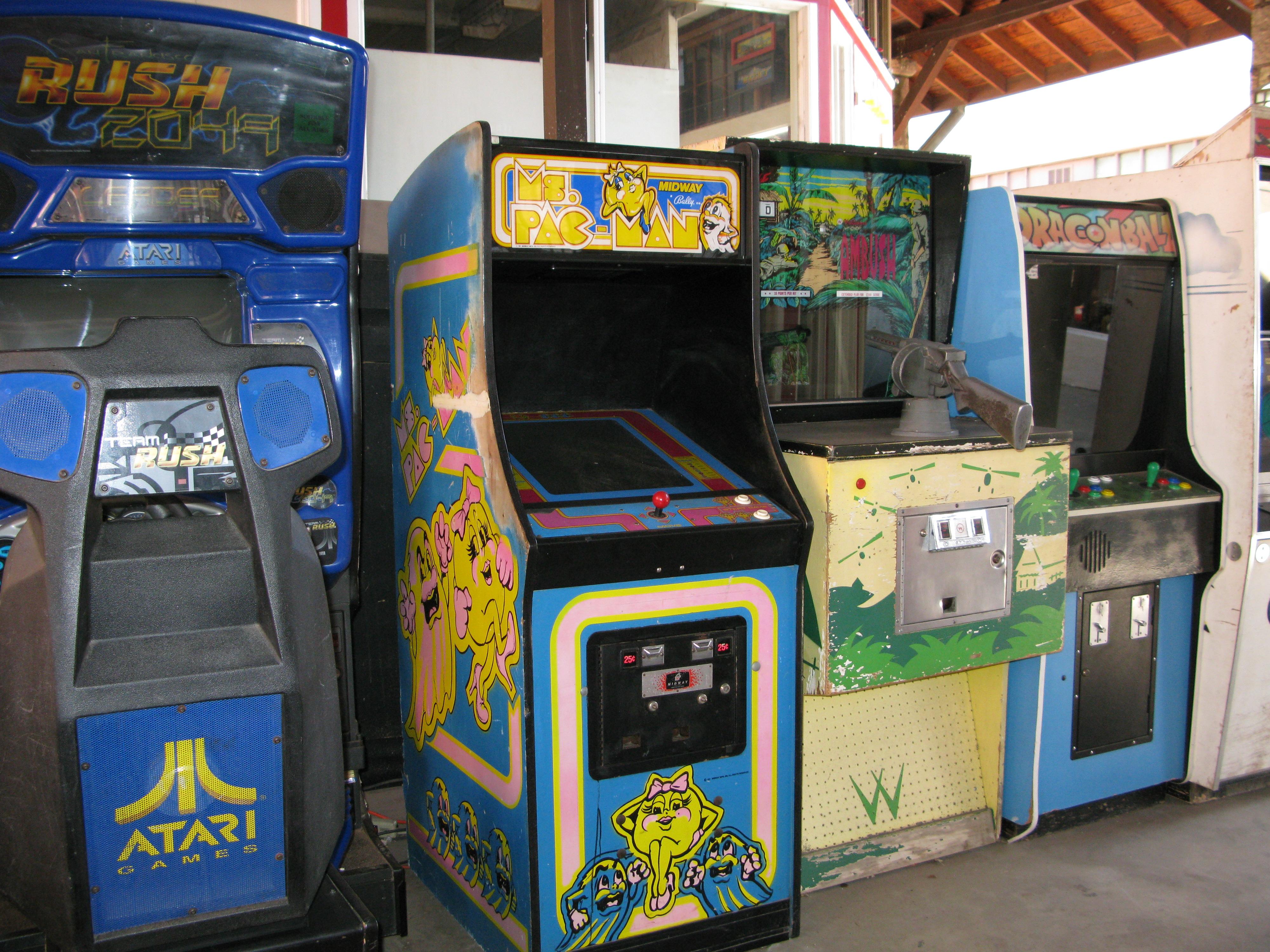 Ms Pacman Cabinet Filesan Francisco Rush 2049 Ms Pacman Ambush Gun Dragonballjpg