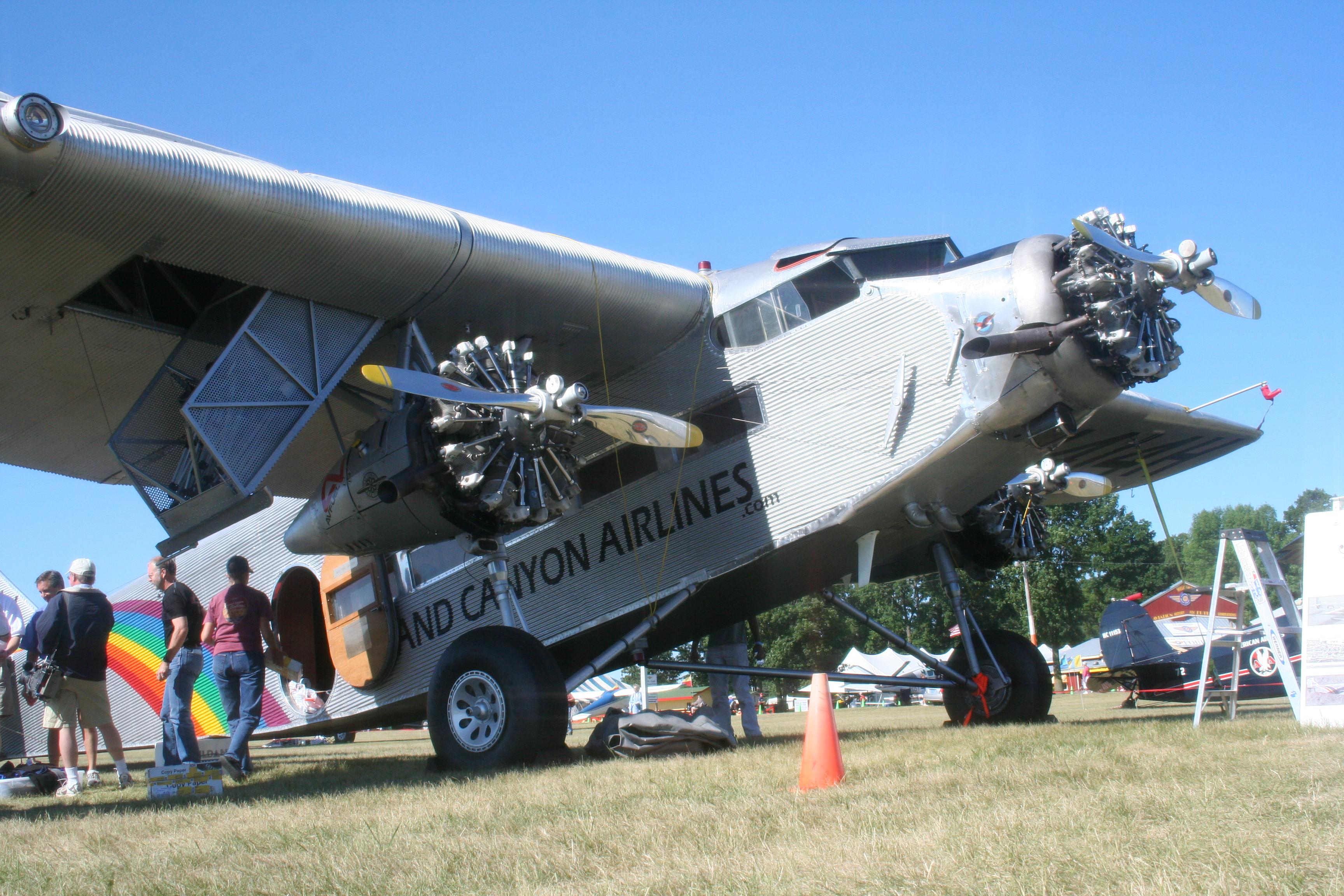 Ford Tri Motor Rc Airplane