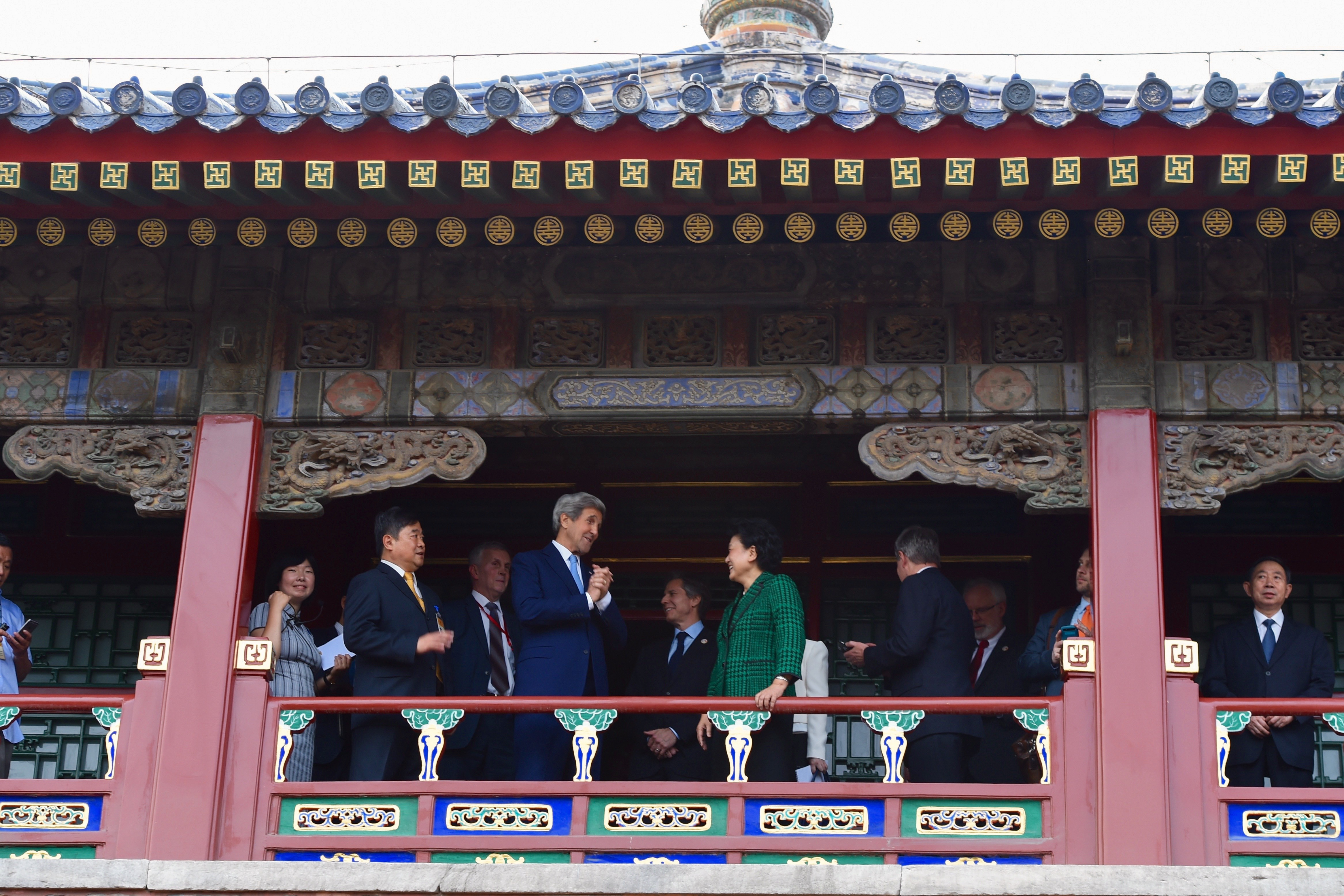 File Secretary Kerry And Chinese Vice Premier Liu Stand In A
