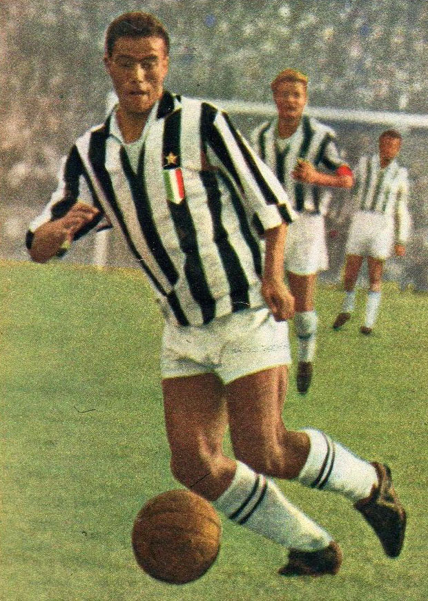 Serie_A_1958-59_-_Juventus_v_Napoli_-_Bruno_Nicol%C3%A8_%28cropped%29 Footballers who played their last game this year - Part 2