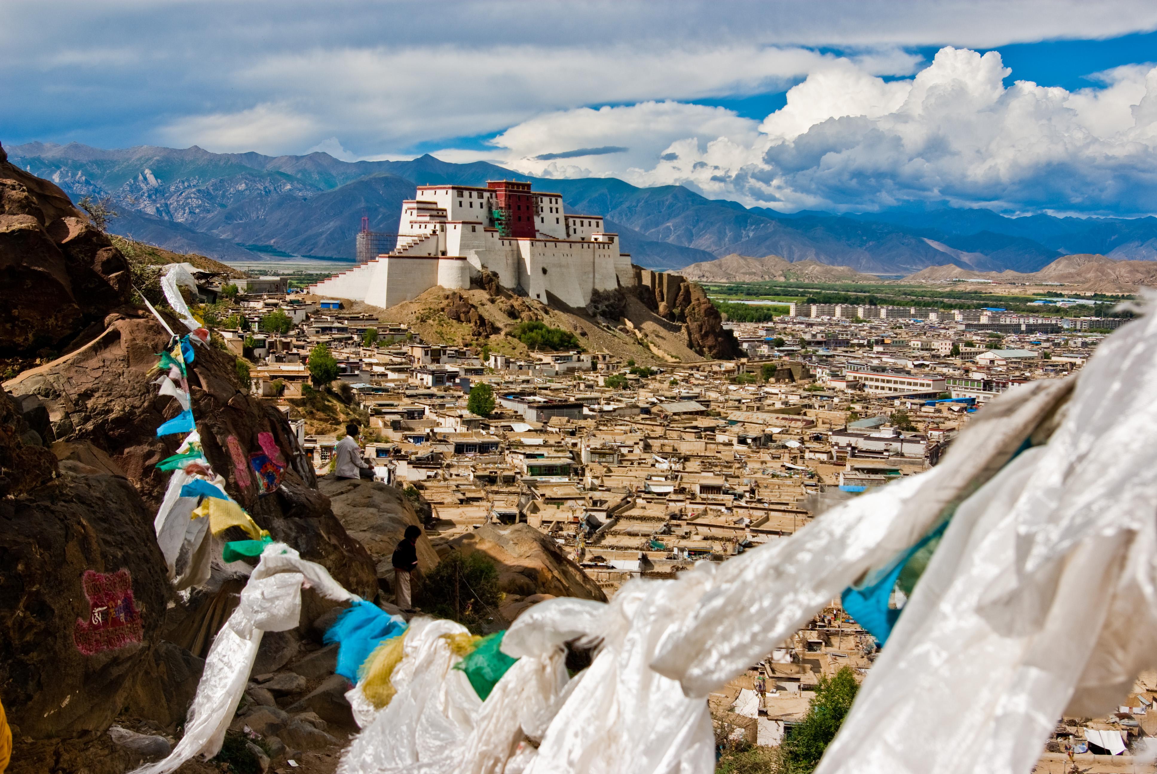 Сколько стоит восхождение на Эверест в ценах на 2018 год