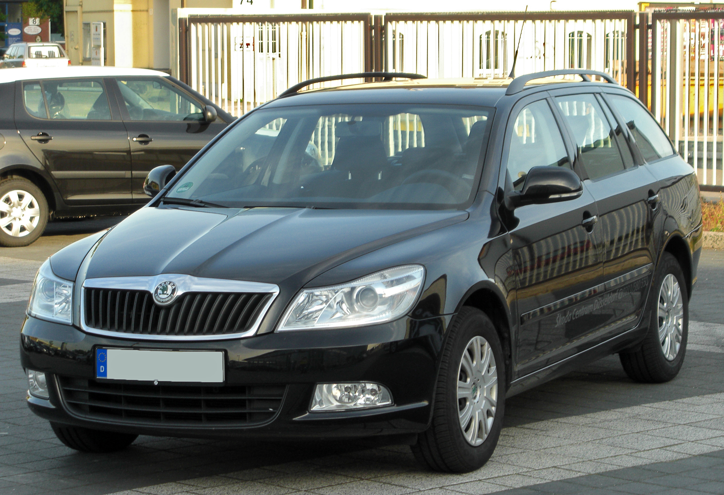 datei skoda octavia ii combi facelift front 1 wikipedia. Black Bedroom Furniture Sets. Home Design Ideas