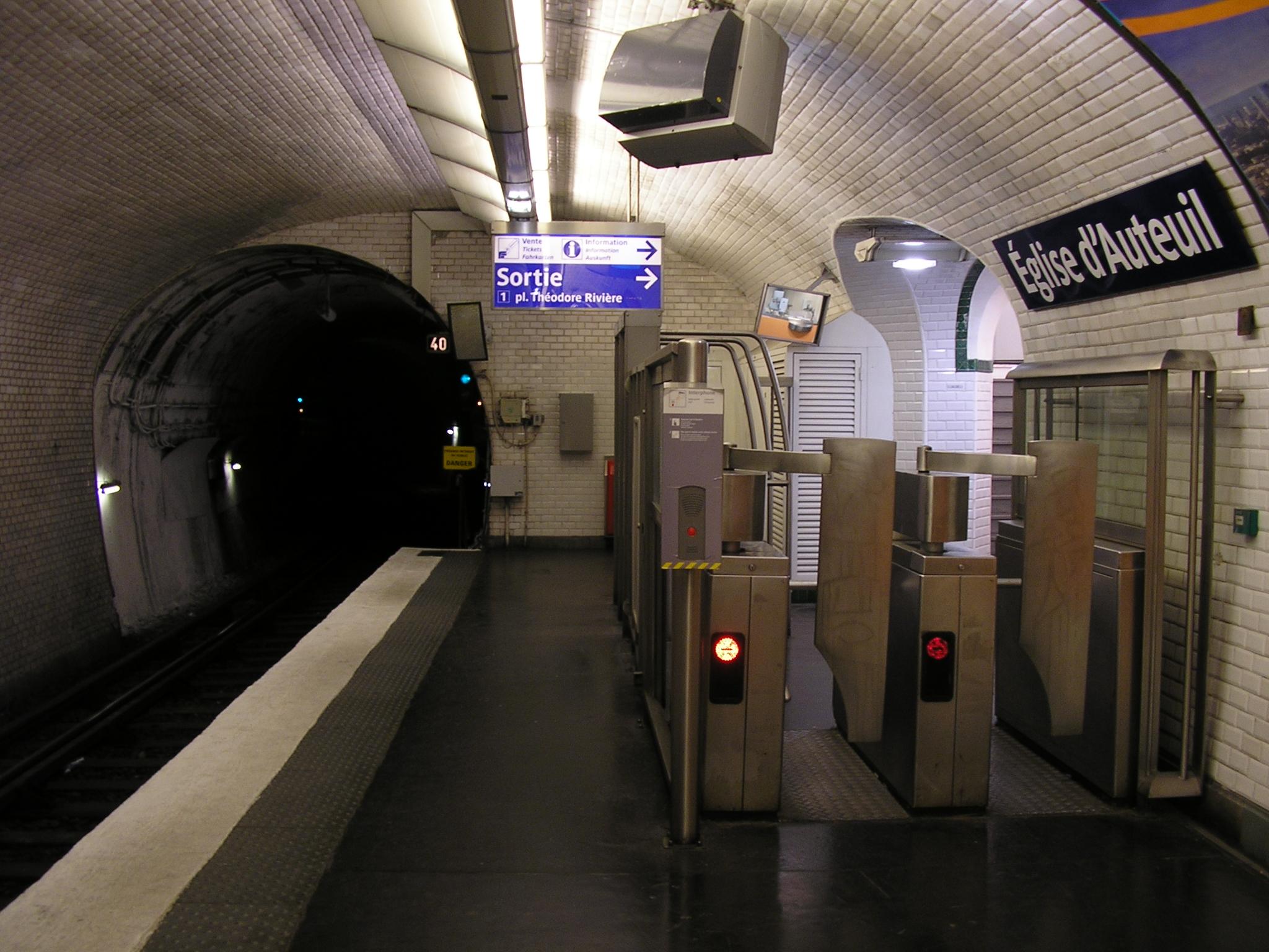 Quelle Ligne Metro Aeroport Lisbonne Au Centre Ville