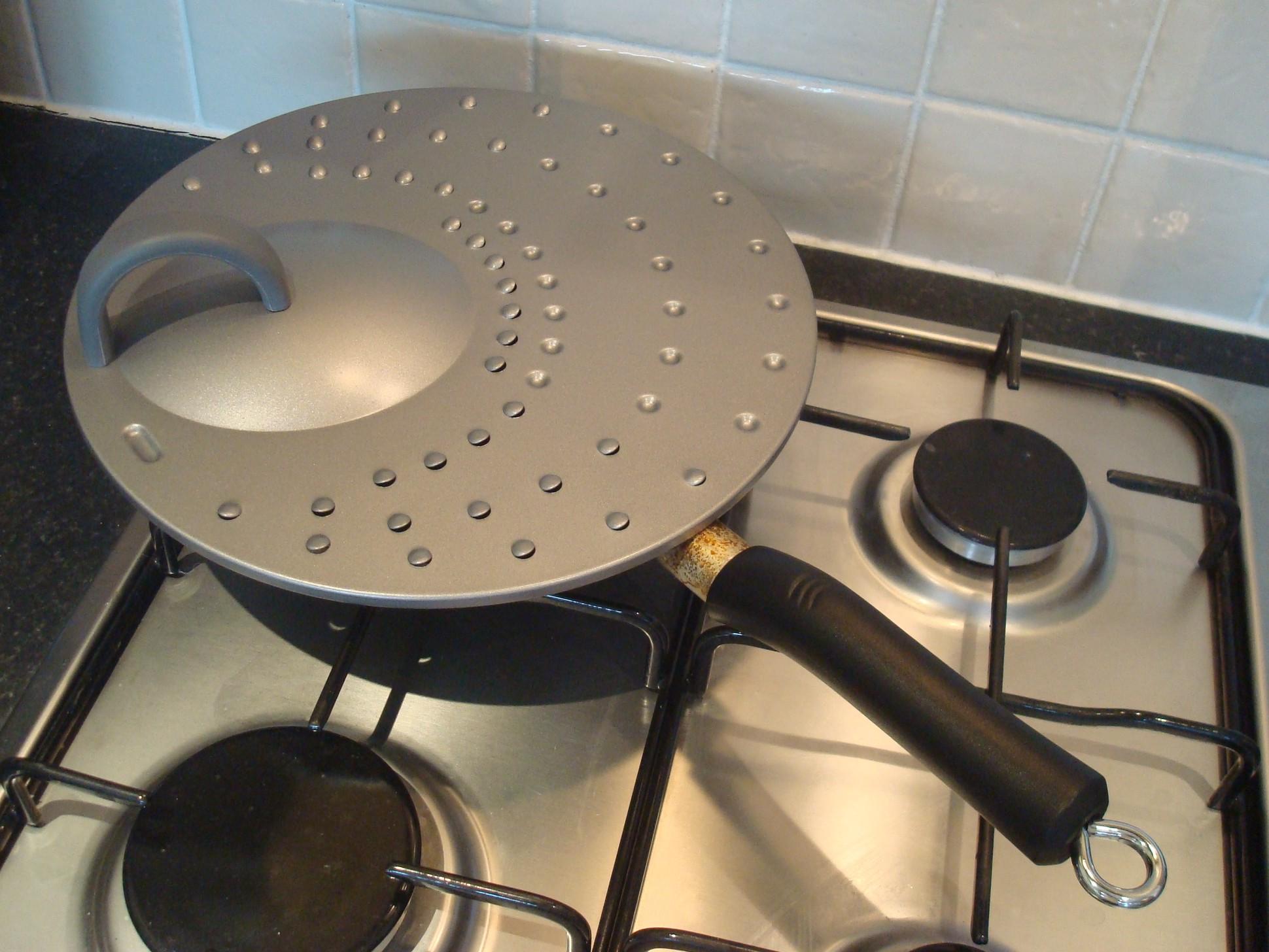 File Splatter Guard On Frying Pan Jpg