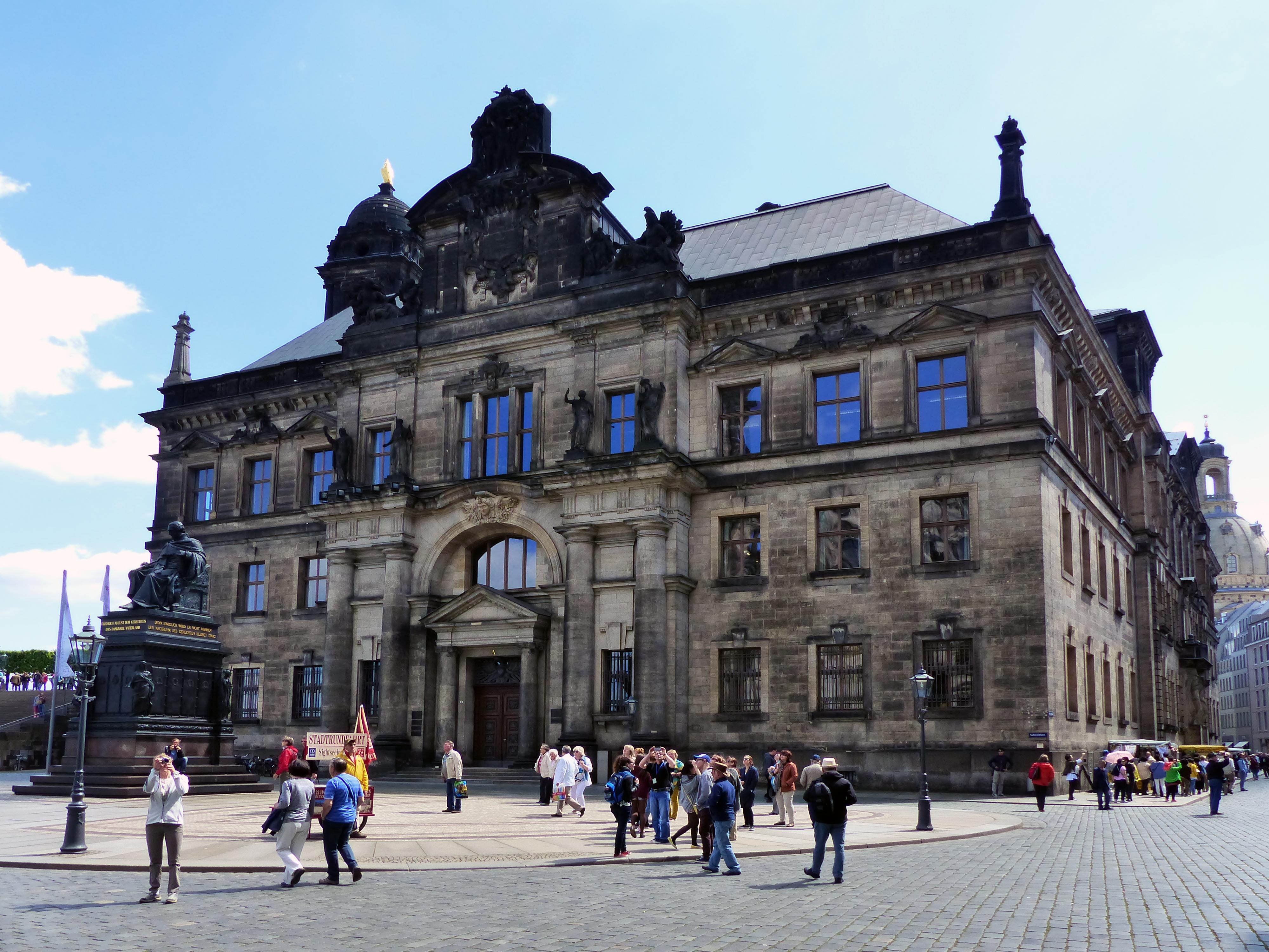 File Standehaus Dresden 2 Jpg Wikimedia Commons