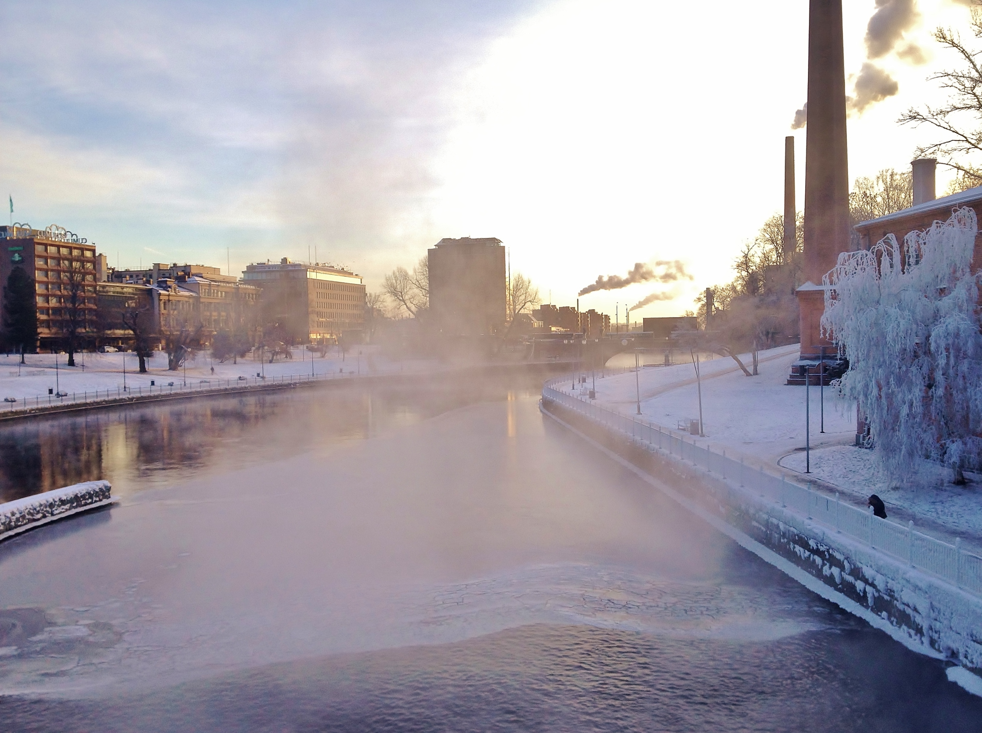 Tammerkoski rapids on 10th January 2016 4.jpg