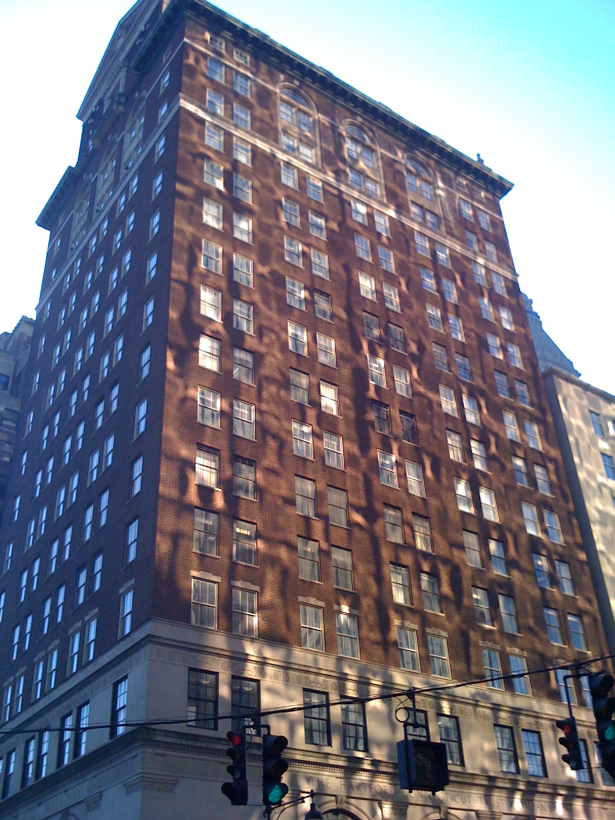 The Hartford At Work >> File:The Hartford Trust Building, reflections.jpg ...
