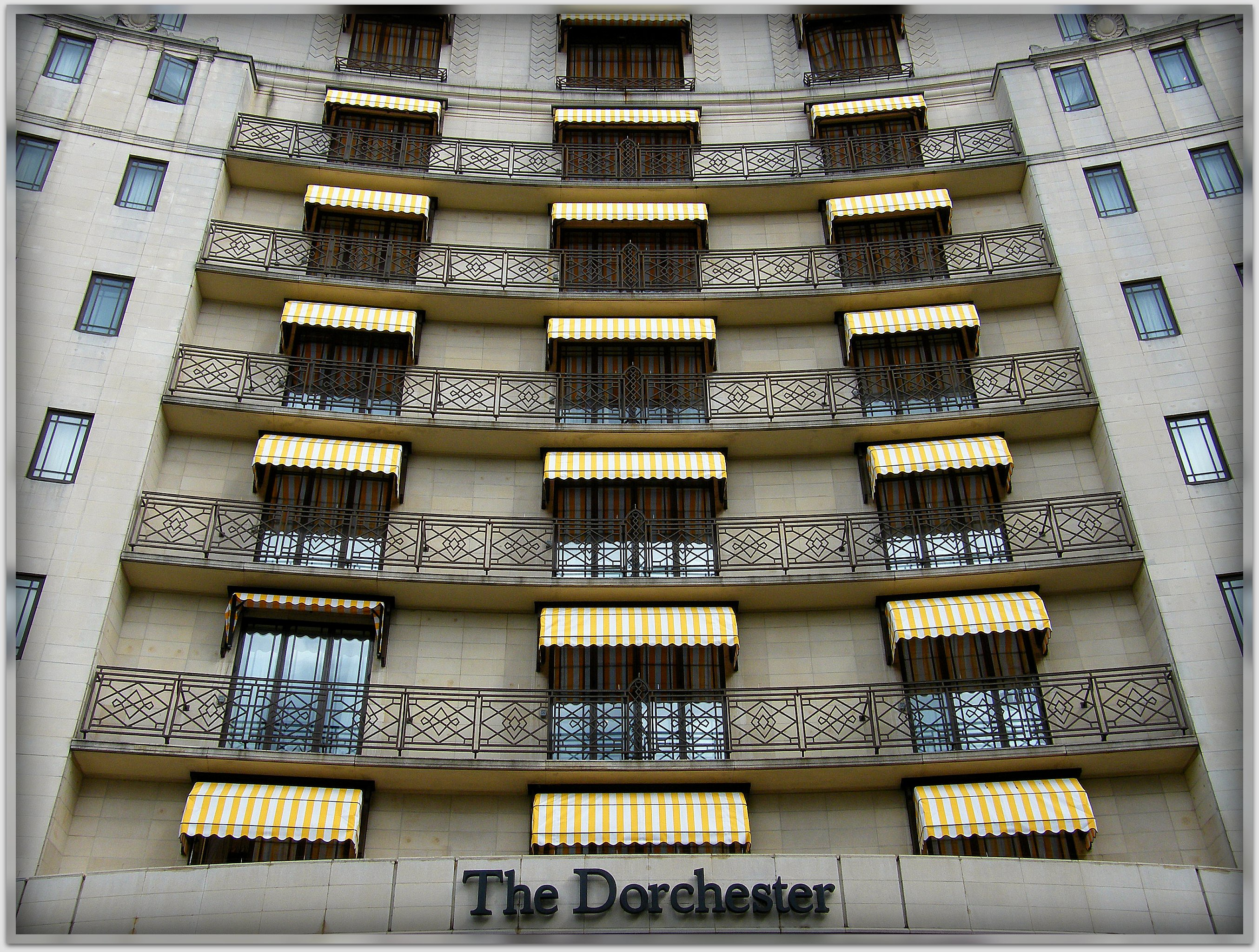 The Most Luxurious Hotel In Paris