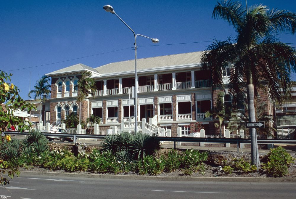 Townsville State Government Offices (Wickham Street) - Wikipedia
