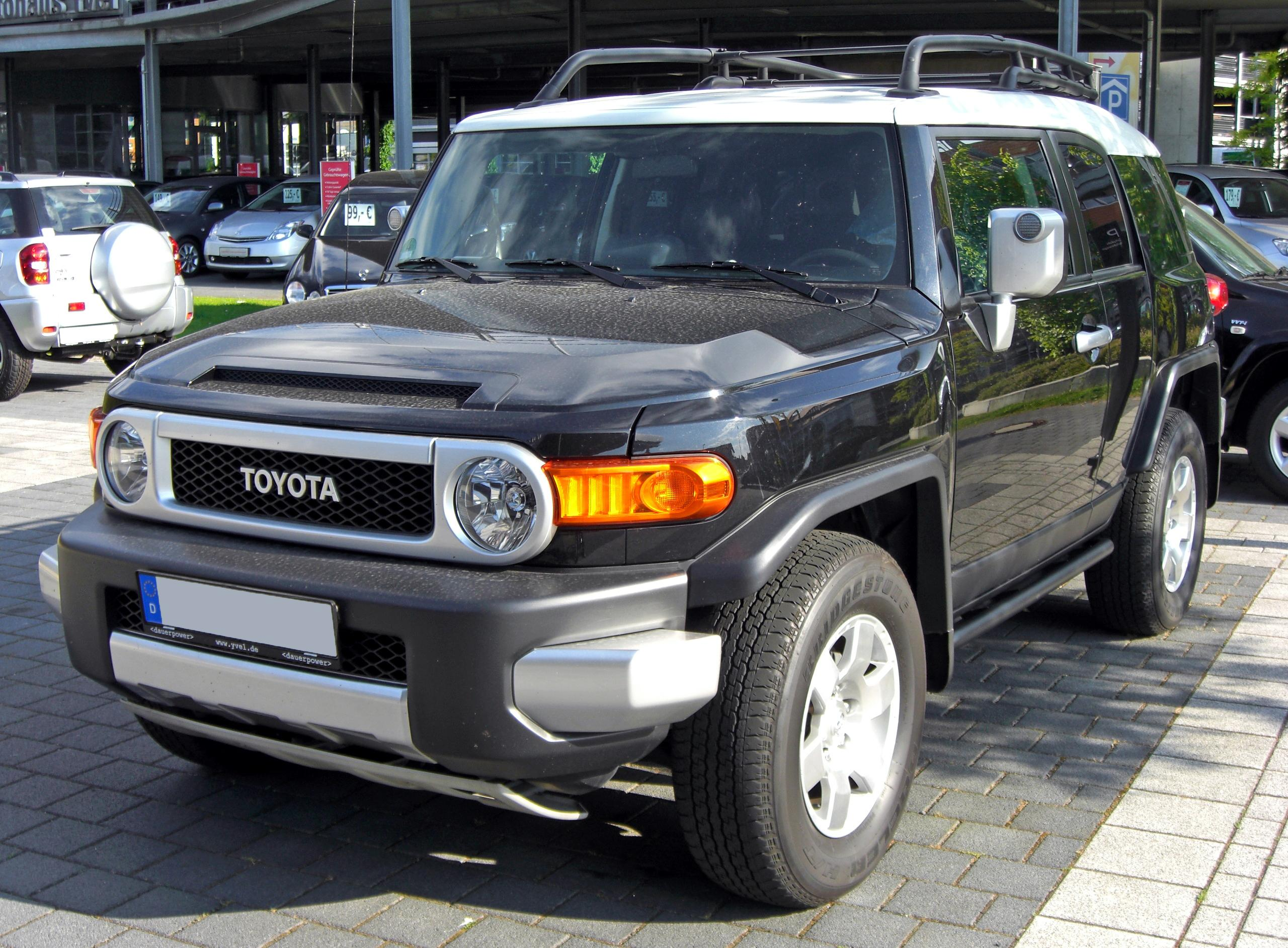The Toyota FJ Cruiser (Wiki)