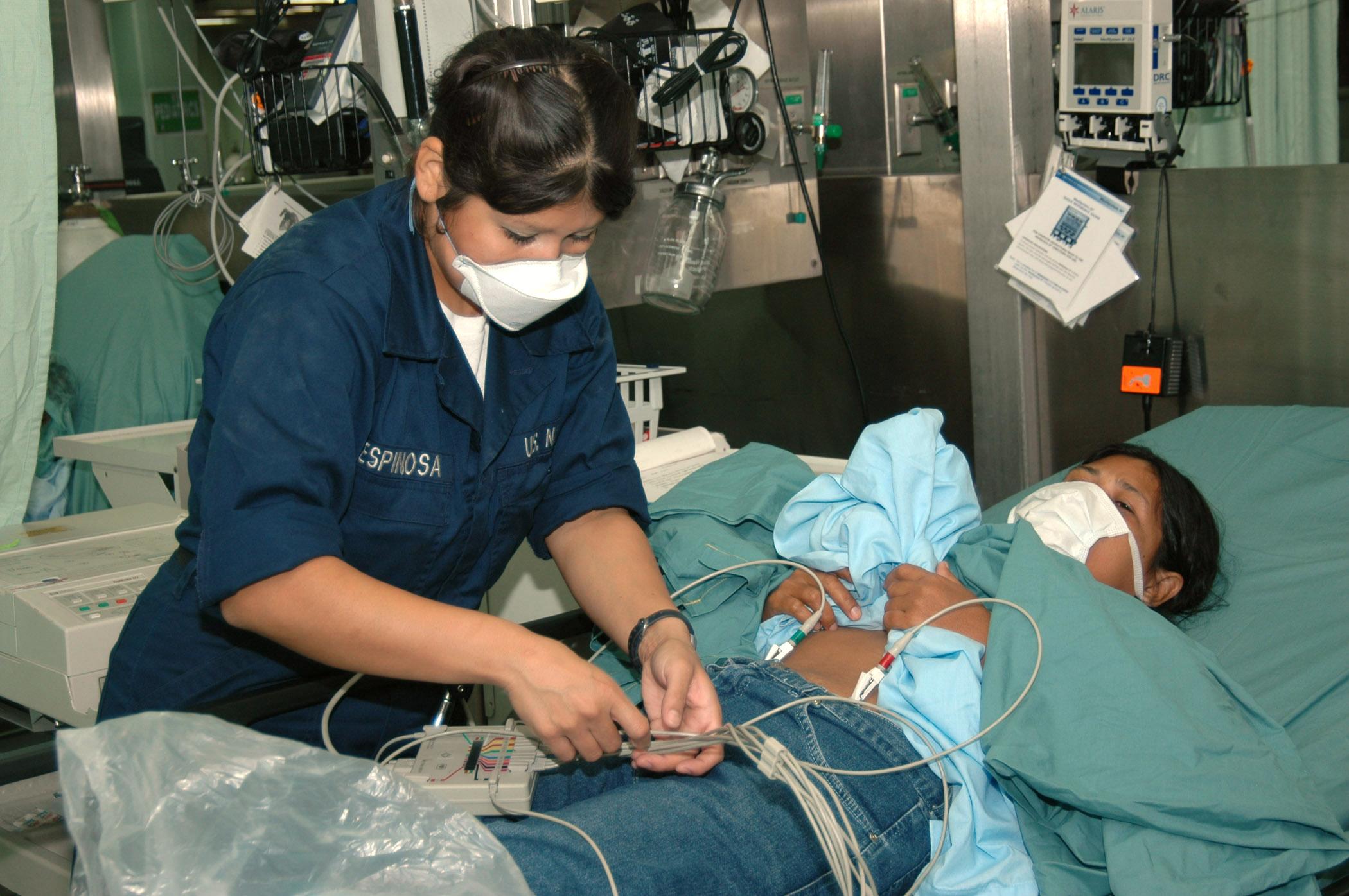 File Us Navy 060612 N 2832l 058 Navy Hospital Corpsman