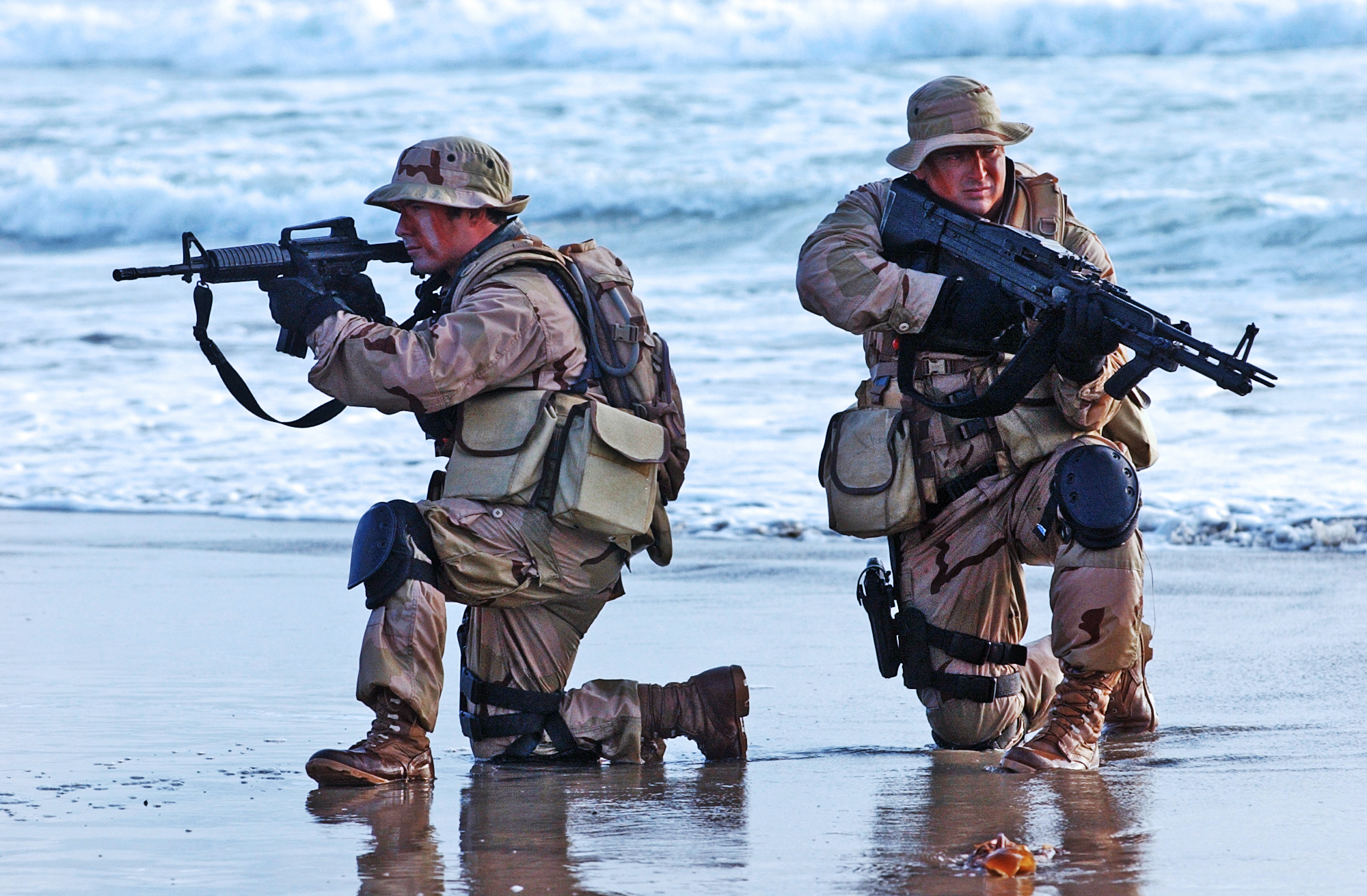File:United States Navy SEALs 547.jpg - Wikimedia Commons