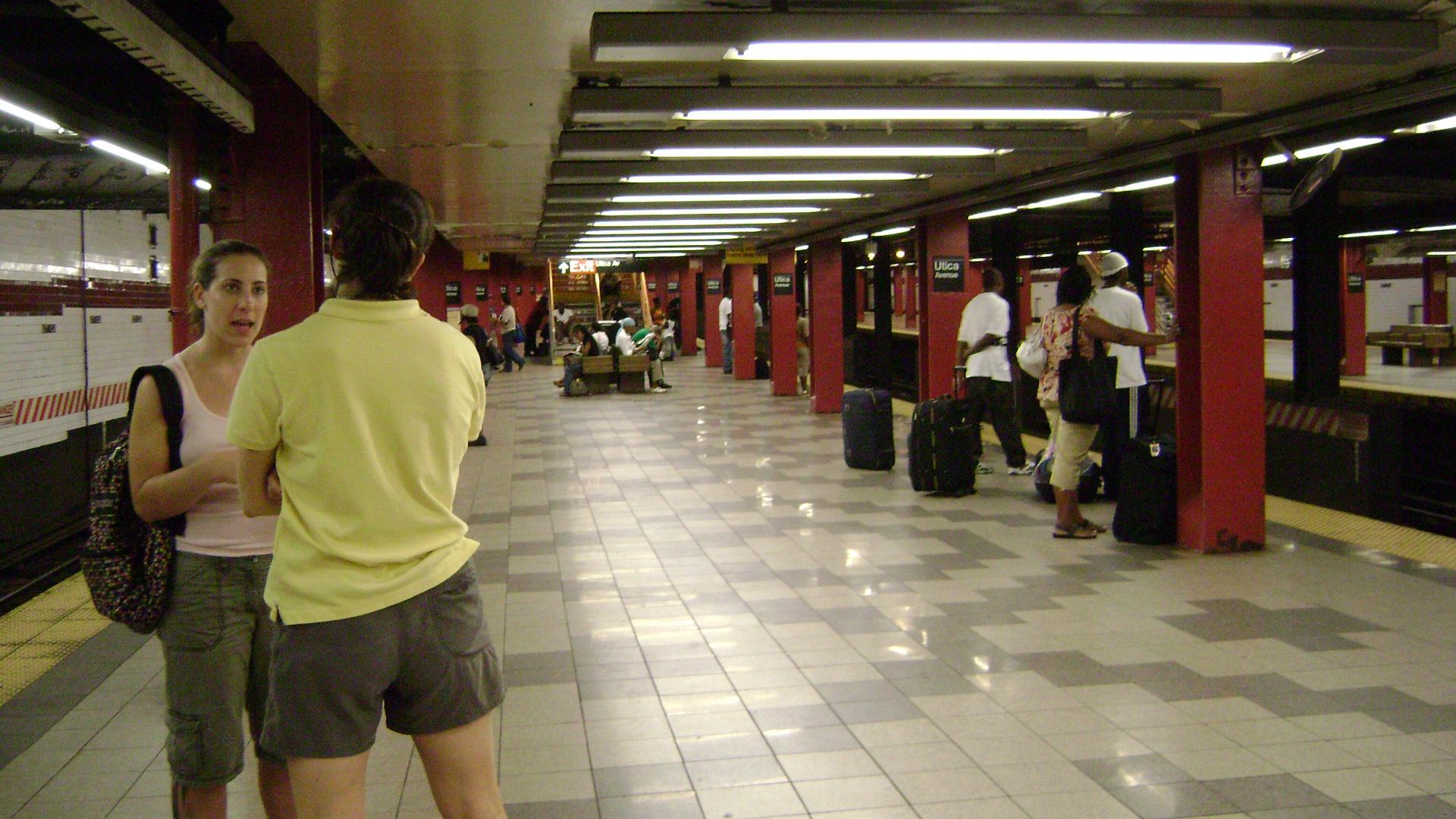 Utica Ave Station Subway Map.Utica Avenue Station Ind Fulton Street Line Wikipedia