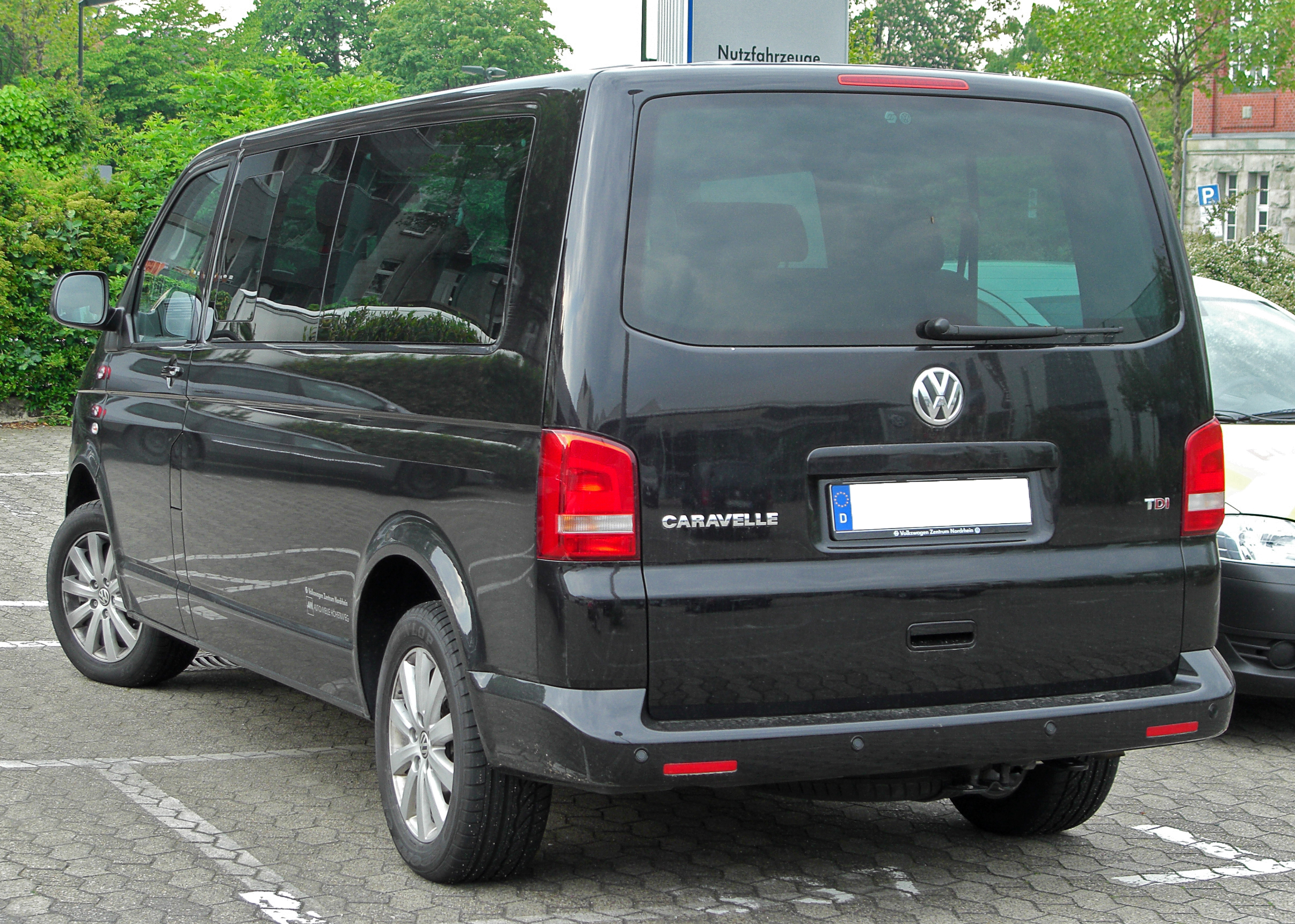 file vw caravelle tdi t5 facelift rear. Black Bedroom Furniture Sets. Home Design Ideas