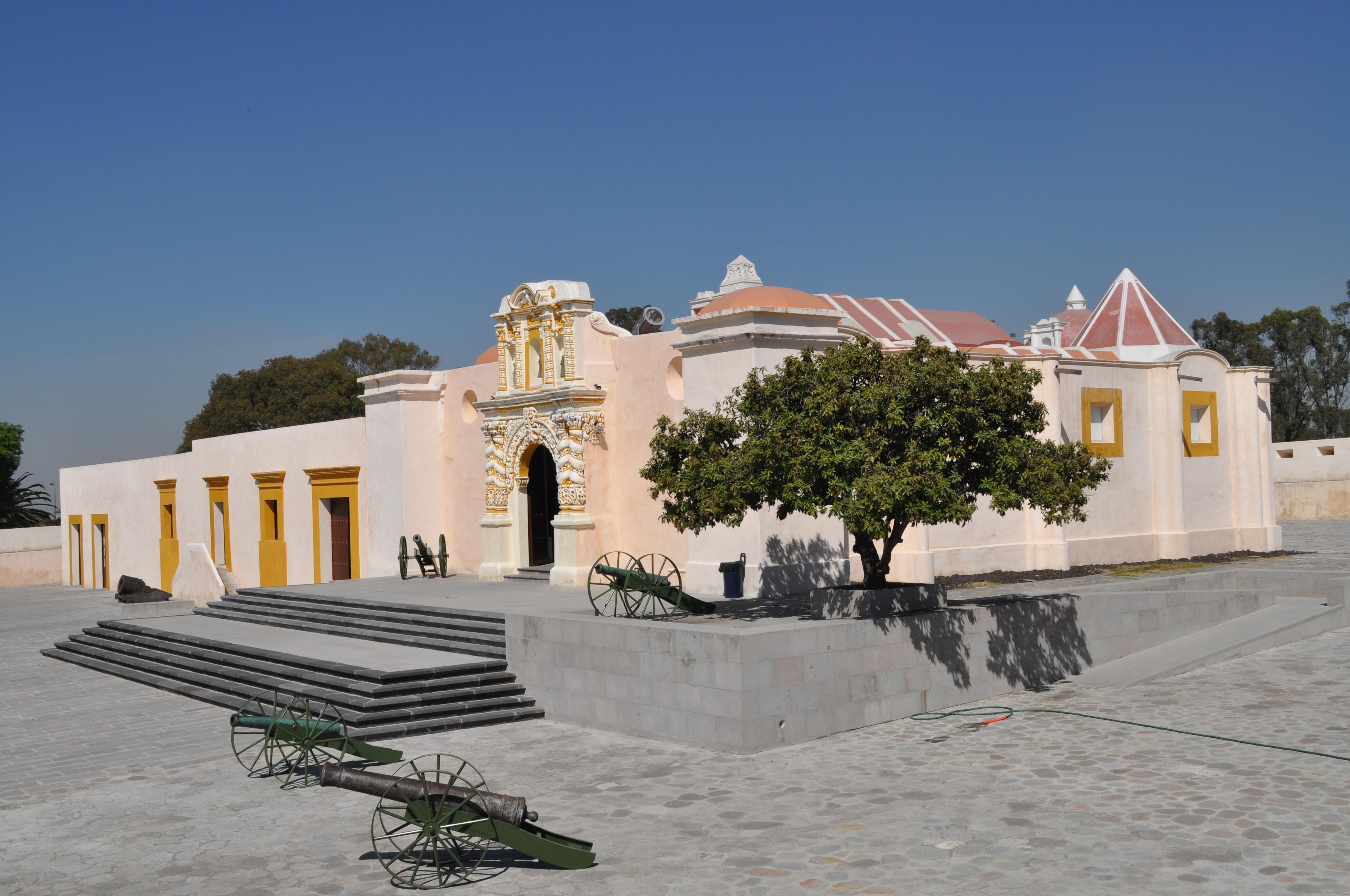 exterior del fuerte de Loreto