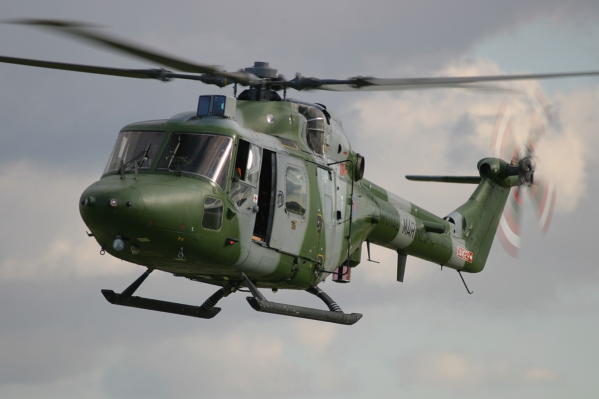 british army helicopter with File Westland Wg 13 Lynx Ah7  Uk   Marines An0932284 on I Wanna Marry Harry Controversial TV Show Is  ing To UK also Starstreak High Velocity Missile Hvm as well Darrell zinck together with 87177 further Westland Sa 341c Gazelle Ht 2 G Zzle.