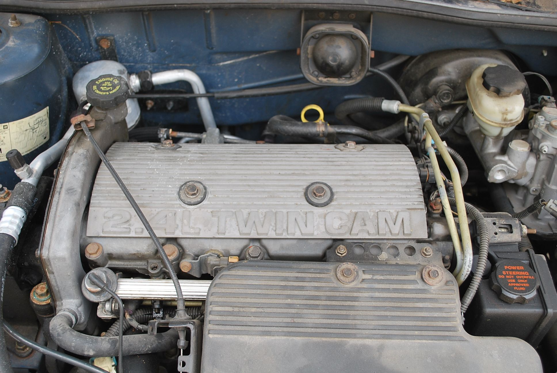 File:2.4L Twin Cam.jpg