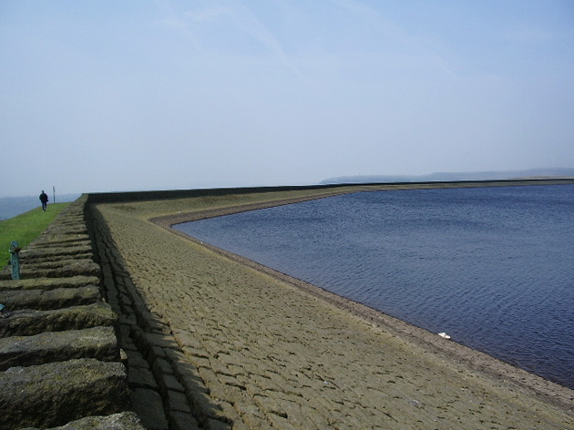 Ashworth Moor Reservoir - geograph.org.uk - 816623