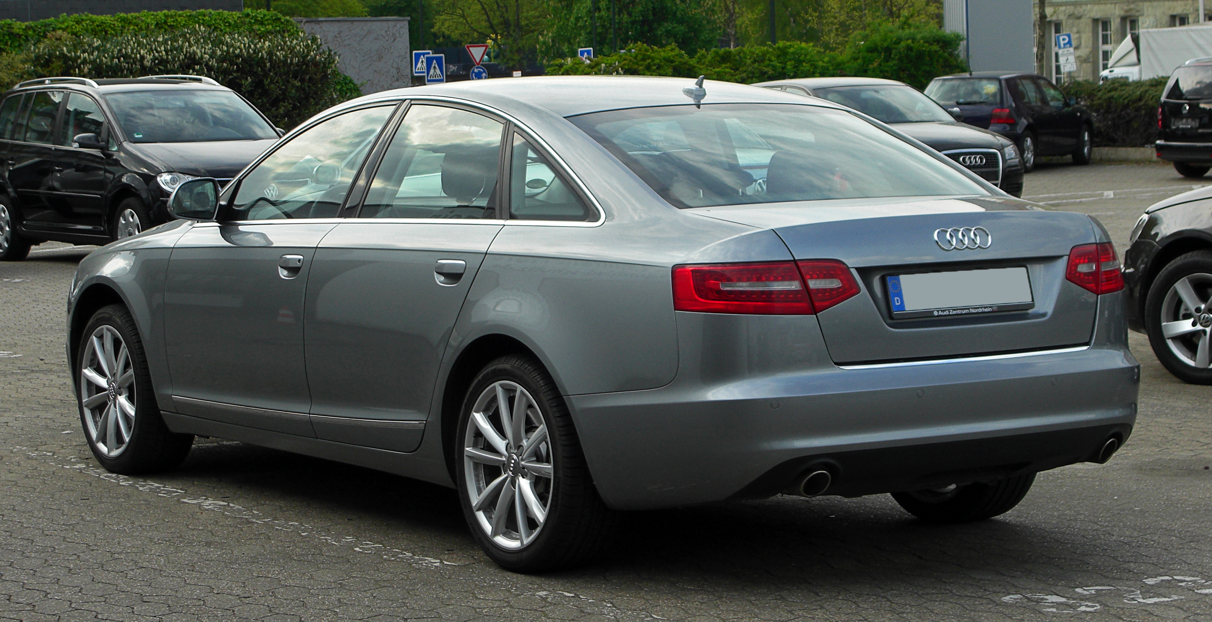 Fichier Audi A6 C6 Facelift Heckansicht 16 April