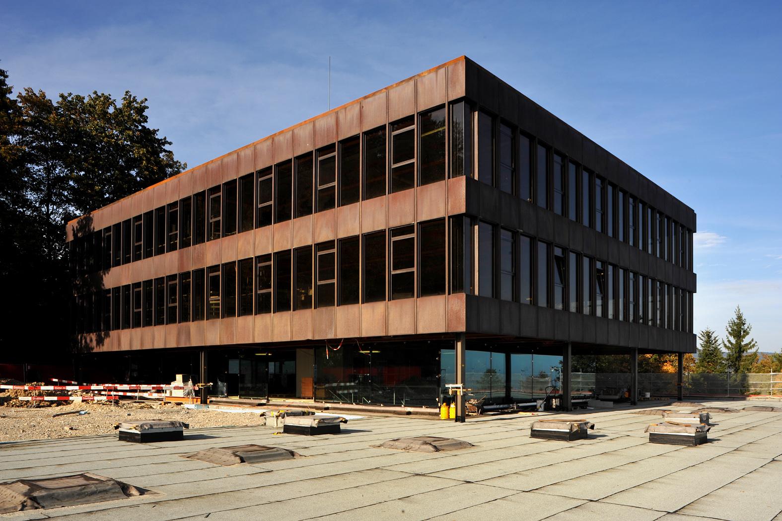 Datei bfh biel ehsm hauptgebaeude 01 wikipedia for Fachhochschule architektur