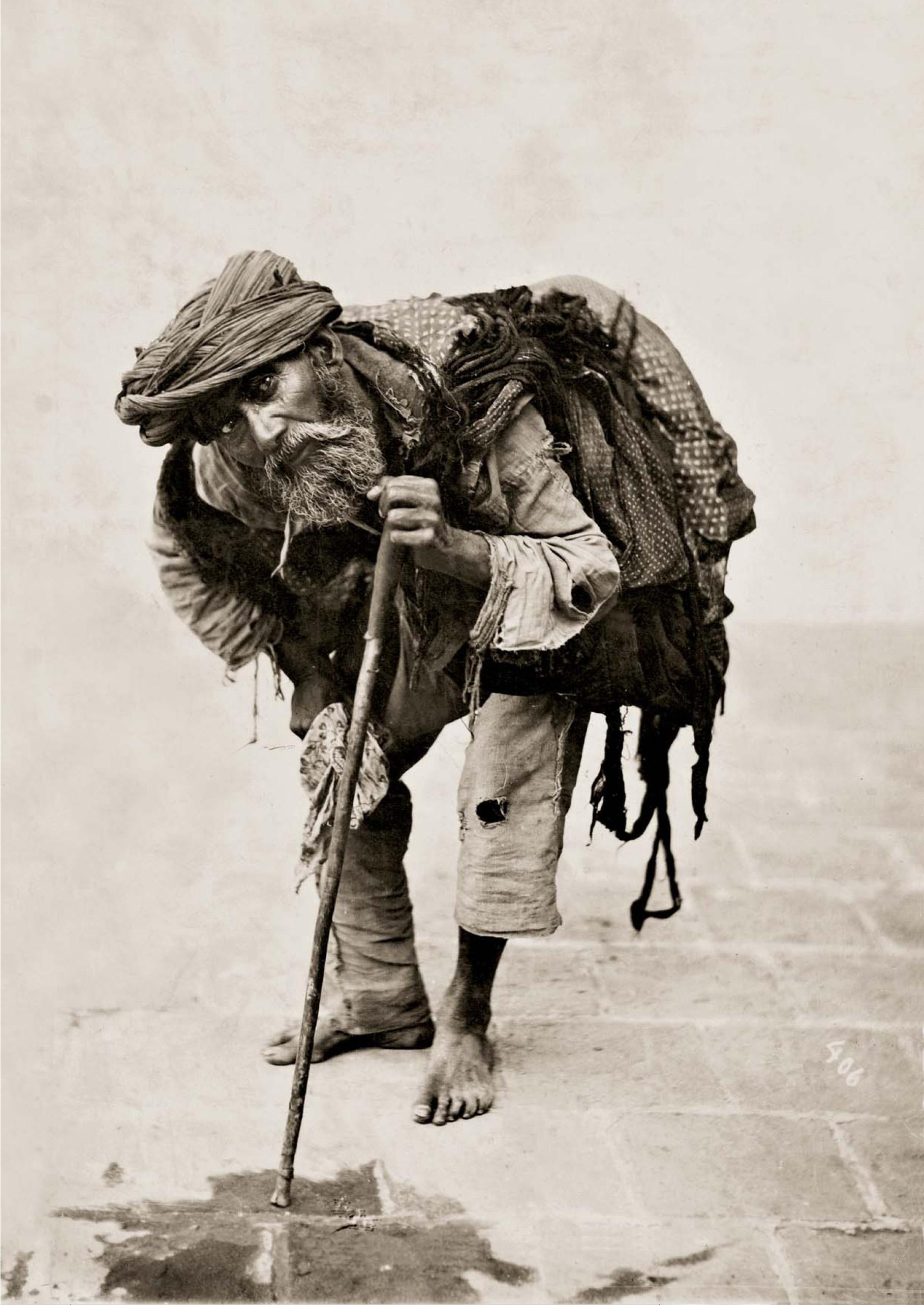beggars on the street essay 静音・低消費電力かつコンパクト設計のエアーポンプ、浄化槽・燃料電池用ブロワ製造.