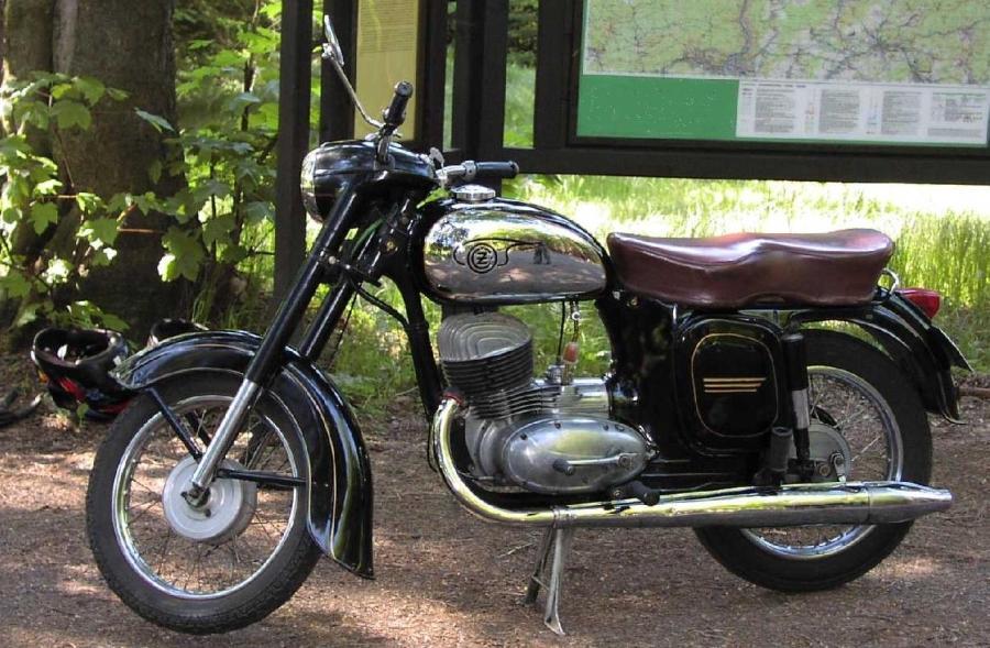 Hedendaags Datei:CZ motorcycle.jpg – Wikipedia GU-46