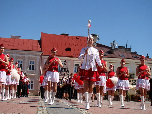 File:Economic Schools Complex in Sanok celebrates its 85th anniversary, 2010, 03.JPG