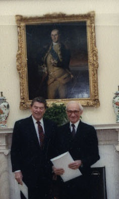 Emmanuel Jacquin de Margerie and Ronald Reagan.jpg