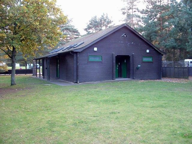 f9c22be4f32 File:Facilities Block, Camping and Caravanning Club site, Sandringham -  geograph.org.uk - 1589339.jpg