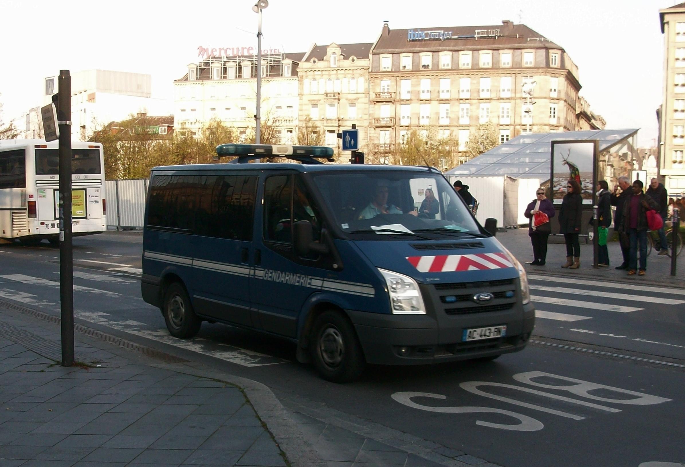 file ford transit gendarmerie nationale  strasbourg  mars 2014 jpg