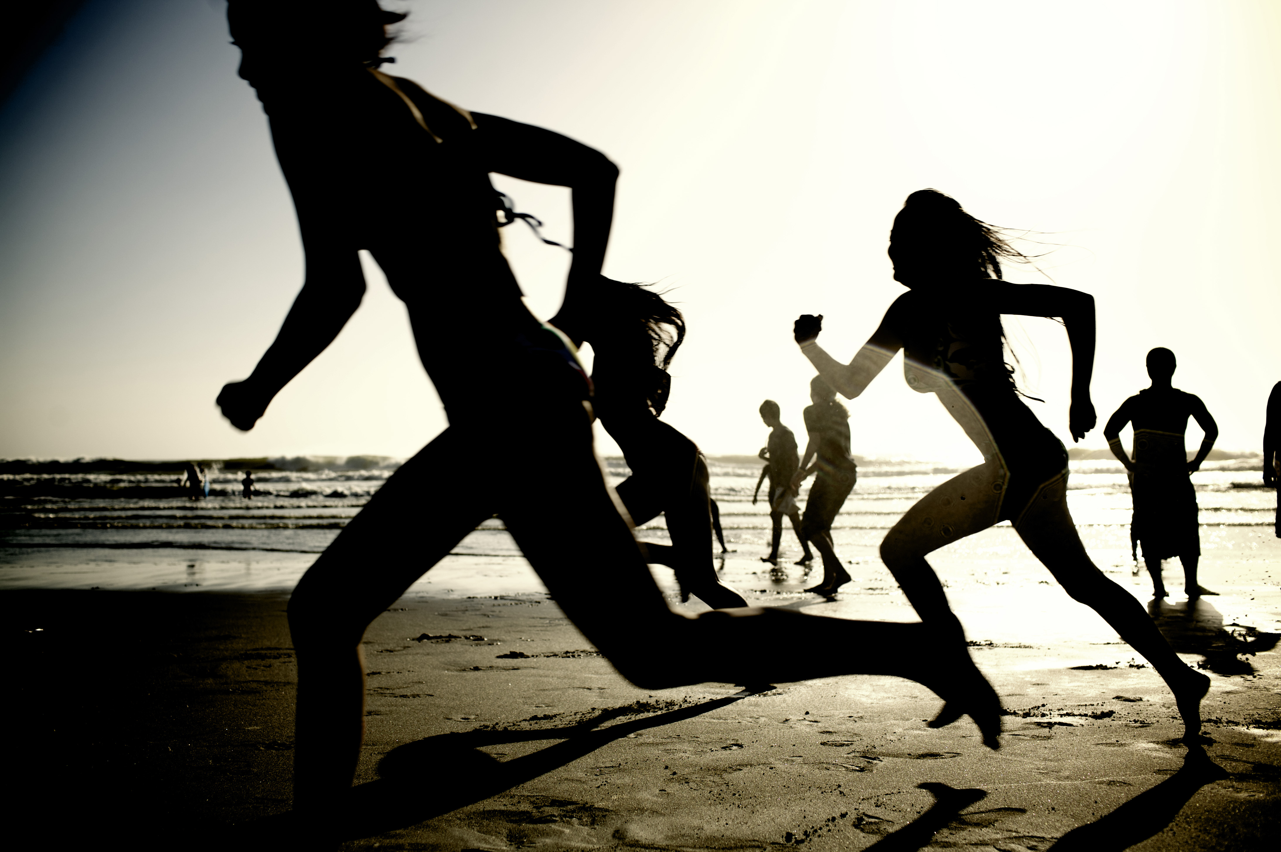 barefoot beach run