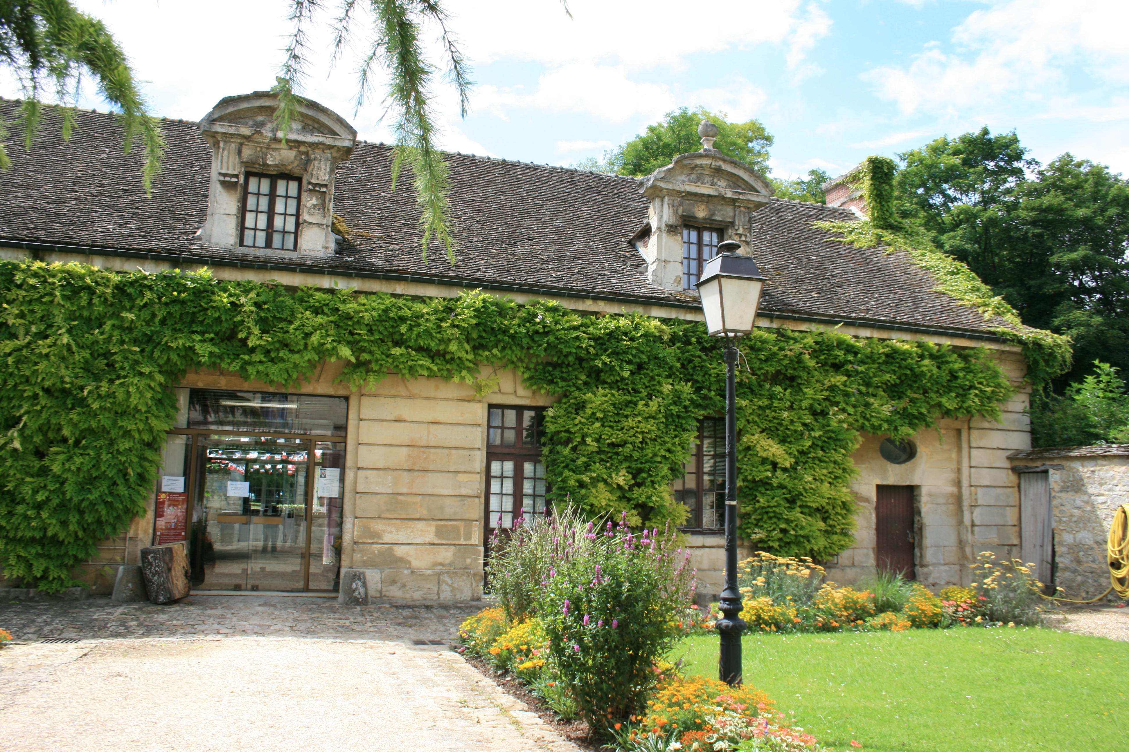 Annexe Hotel De Ville Villeurbanne Passeport