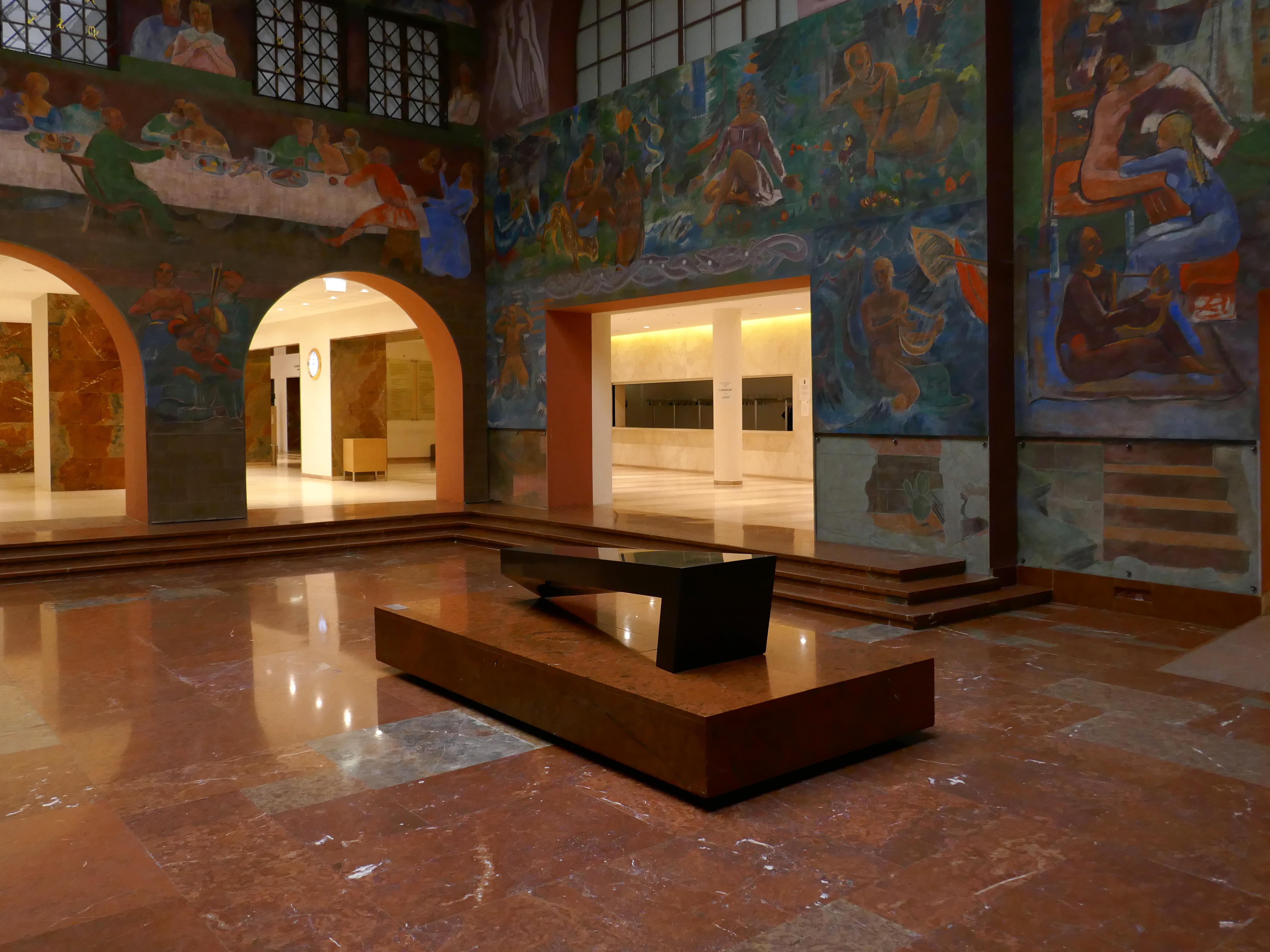 File:Haus für Mozart, Salzburg - Faistauer-Foyer (9).jpg - Wikimedia ...