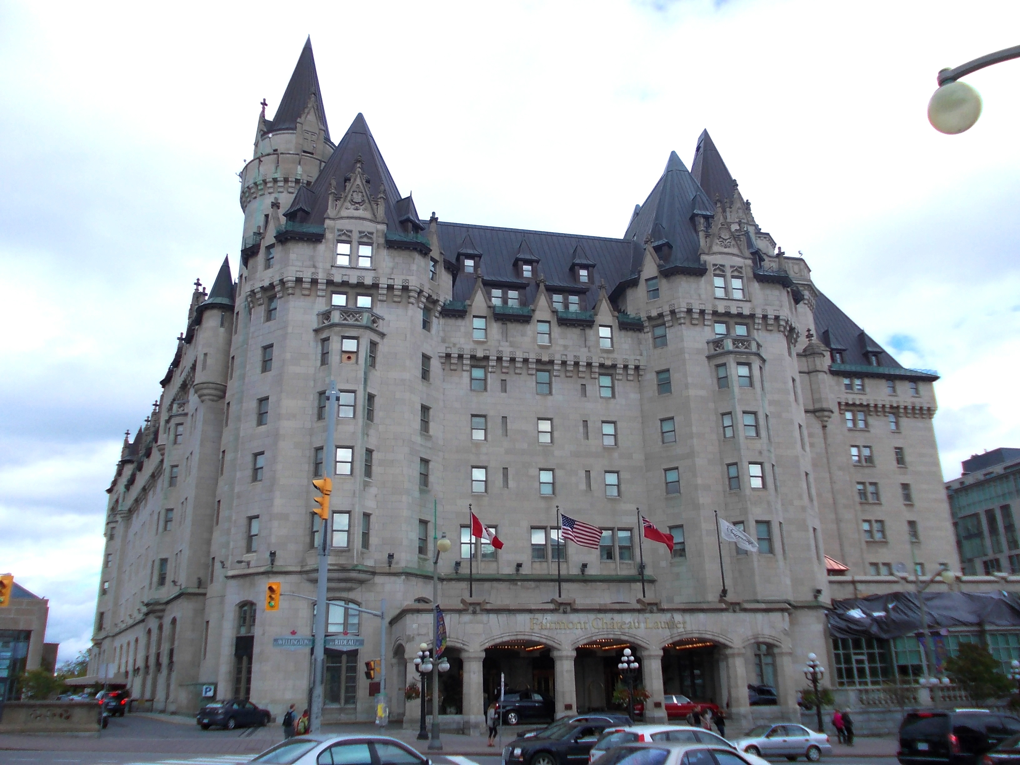 Ch teau laurier military wiki fandom powered by wikia for Hotel design ottawa