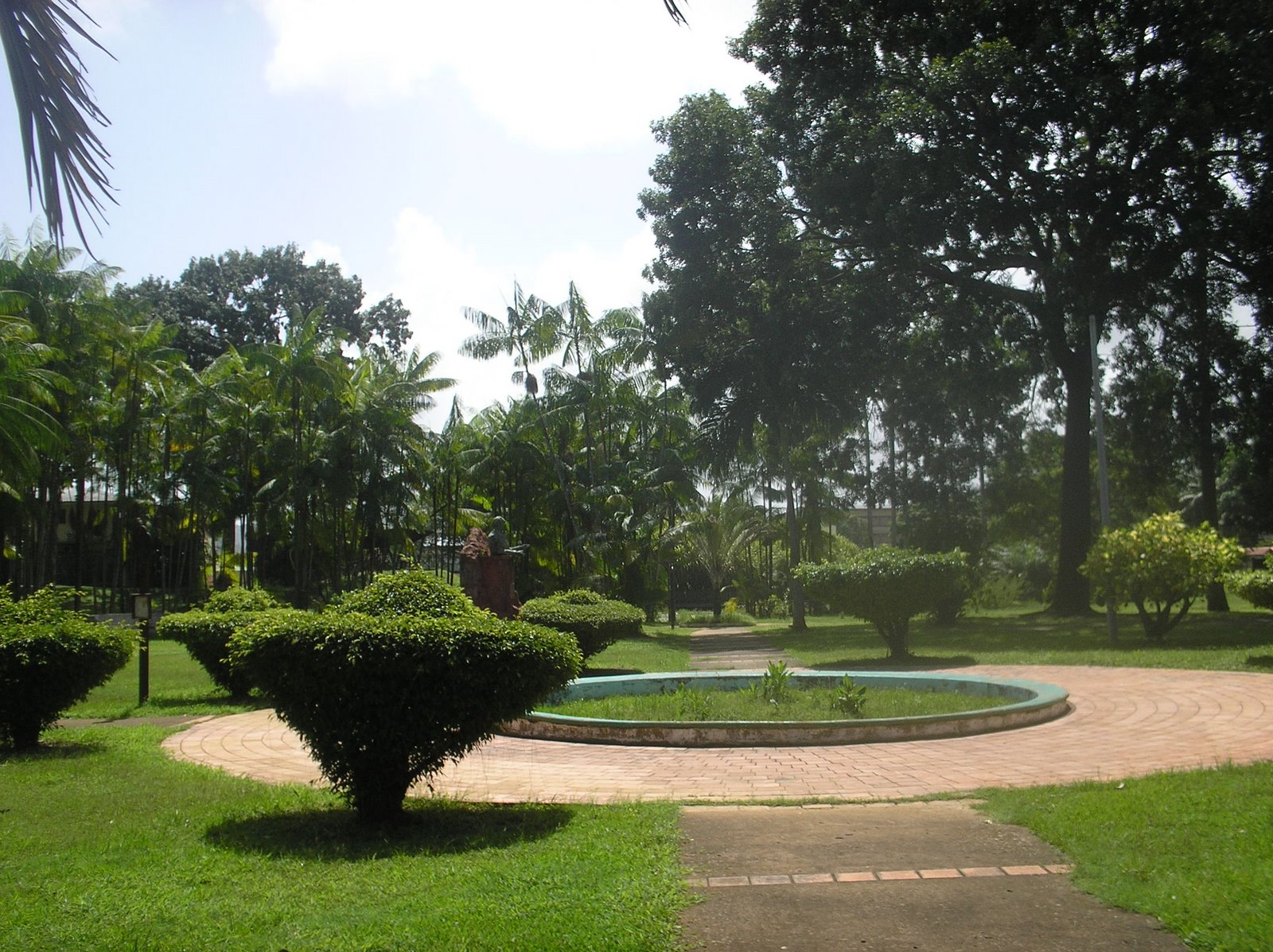 Jardin botanique de cayenne wikiwand for Jardin wikipedia