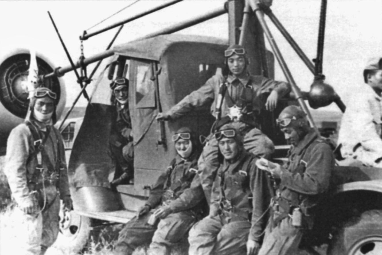 File:Khalkhin Gol Japanese pilots 1939.jpg