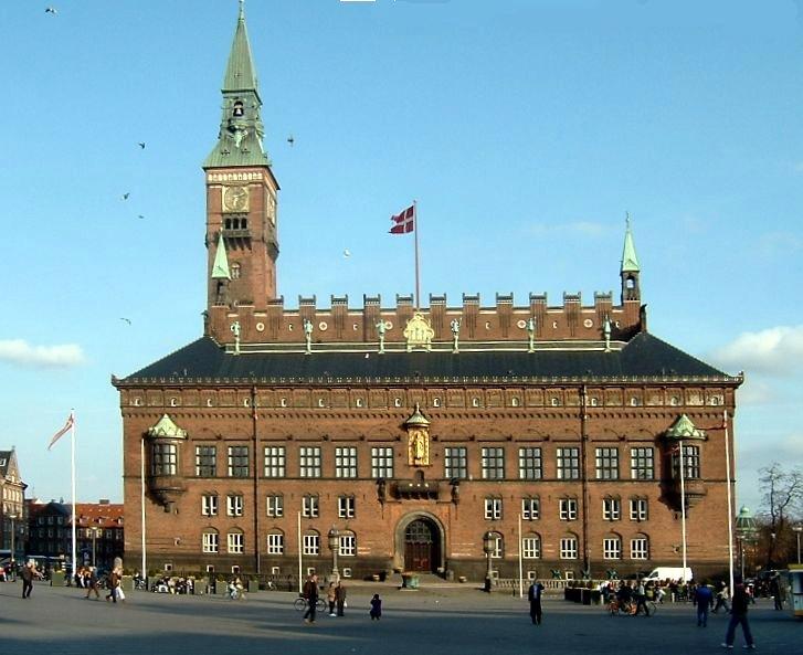 Imagen:Kopenhagen stadhuis.jpg