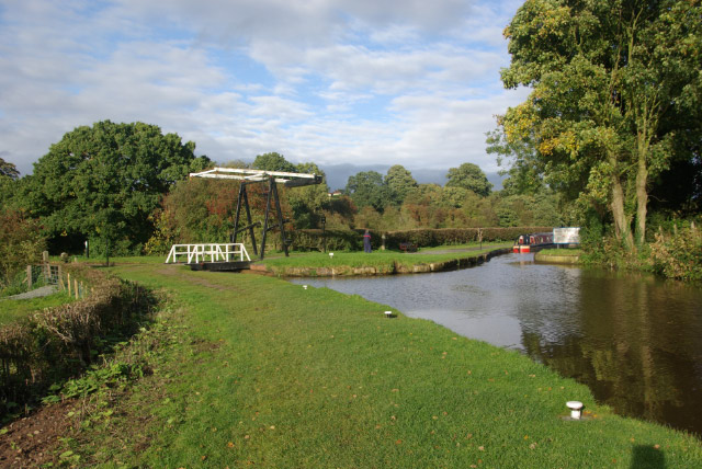 Llangollen Canal, Whitchurch - geograph.org.uk - 1003576