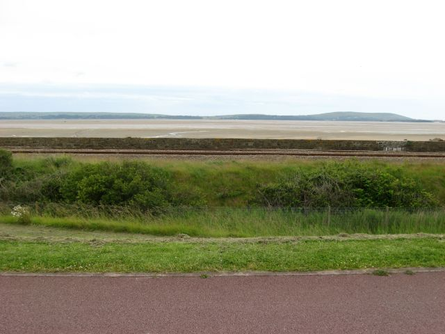 Looking out over the Loughor Estuary - geograph.org.uk - 853895