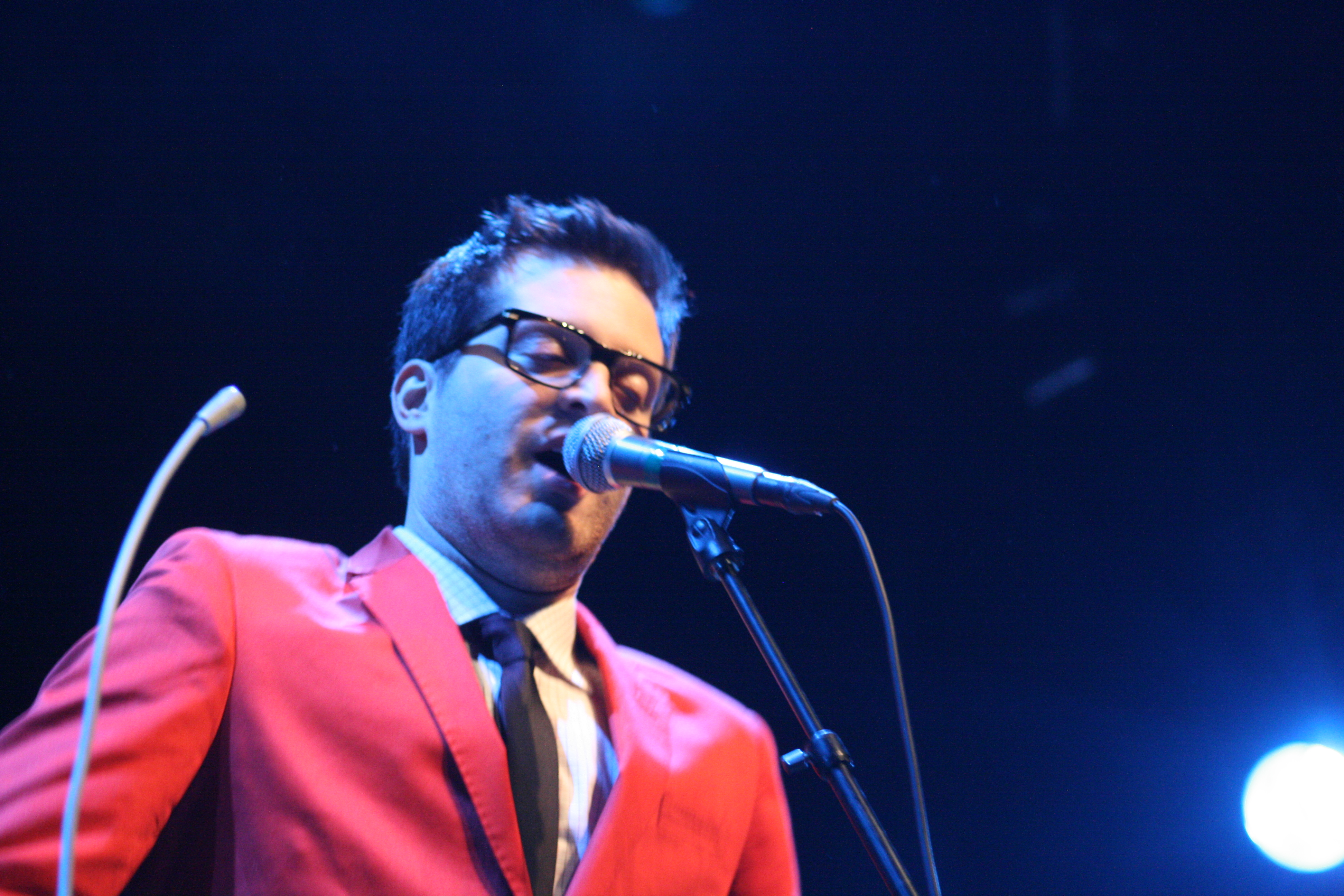 The 39-year old son of father (?) and mother(?) Mayer Hawthorne in 2018 photo. Mayer Hawthorne earned a  million dollar salary - leaving the net worth at 3.2 million in 2018