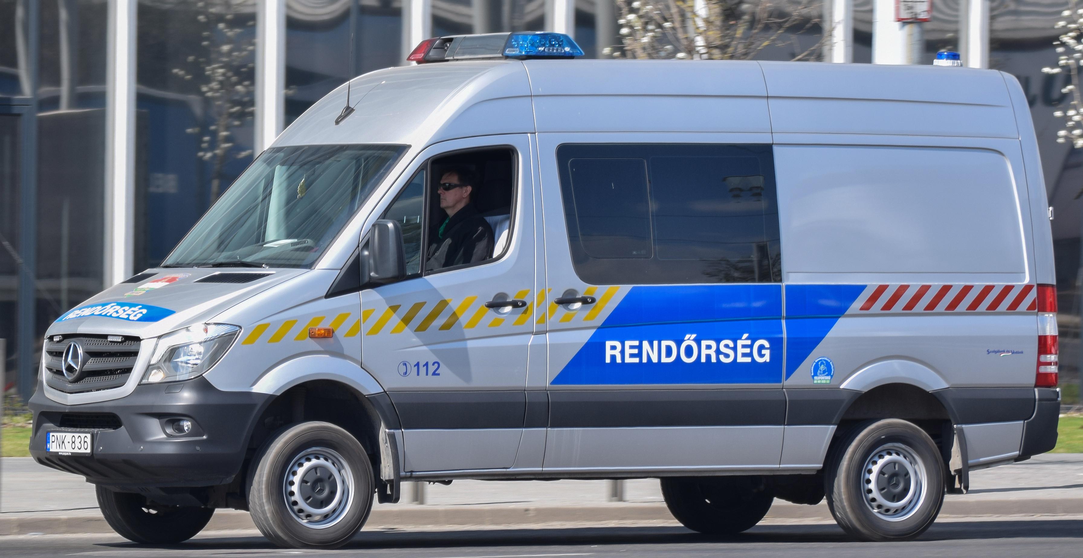 Drónt is bevetett a rendőrség a Balatonnál - deeksha.hu