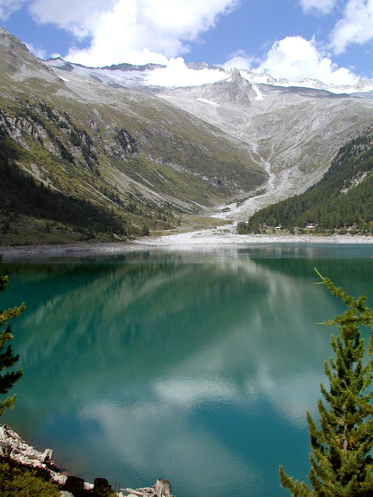 Lago di neves wikipedia for Lago n