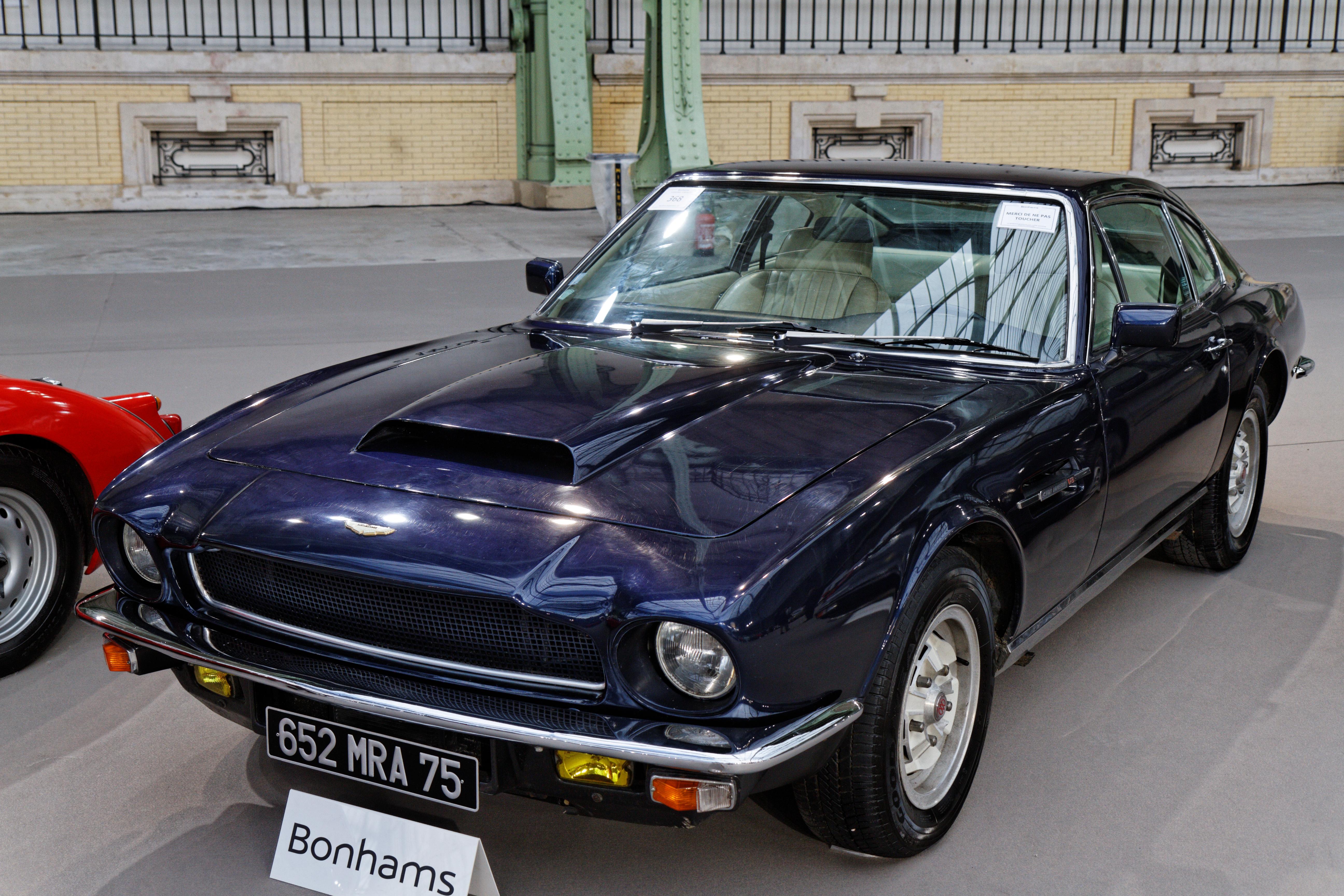 File Paris Bonhams 2014 Aston Martin V8 Sports Saloon 1975 002 Jpg Wikimedia Commons