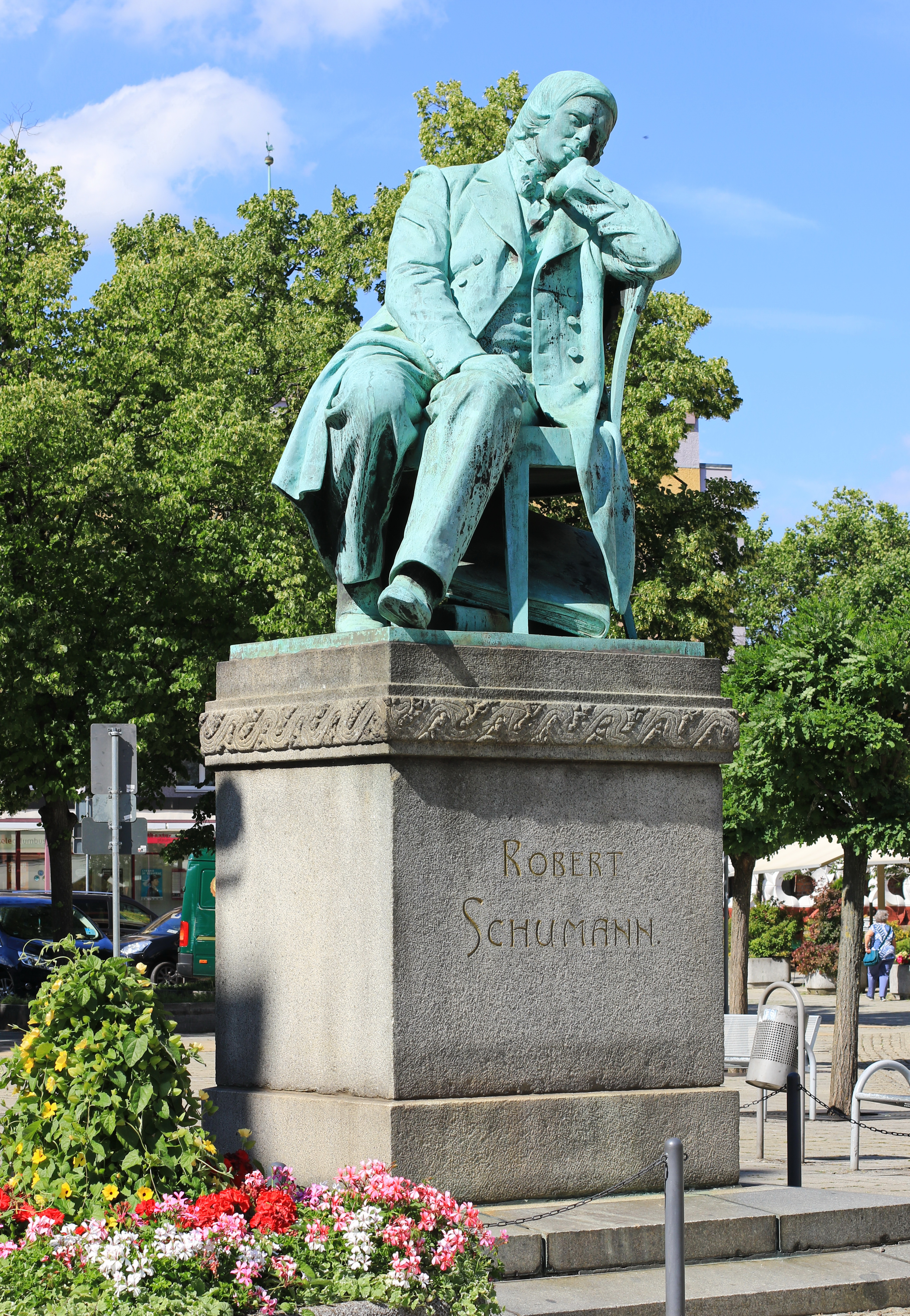 Monumento de Robert Schumann en Zwickau, Sajonia.