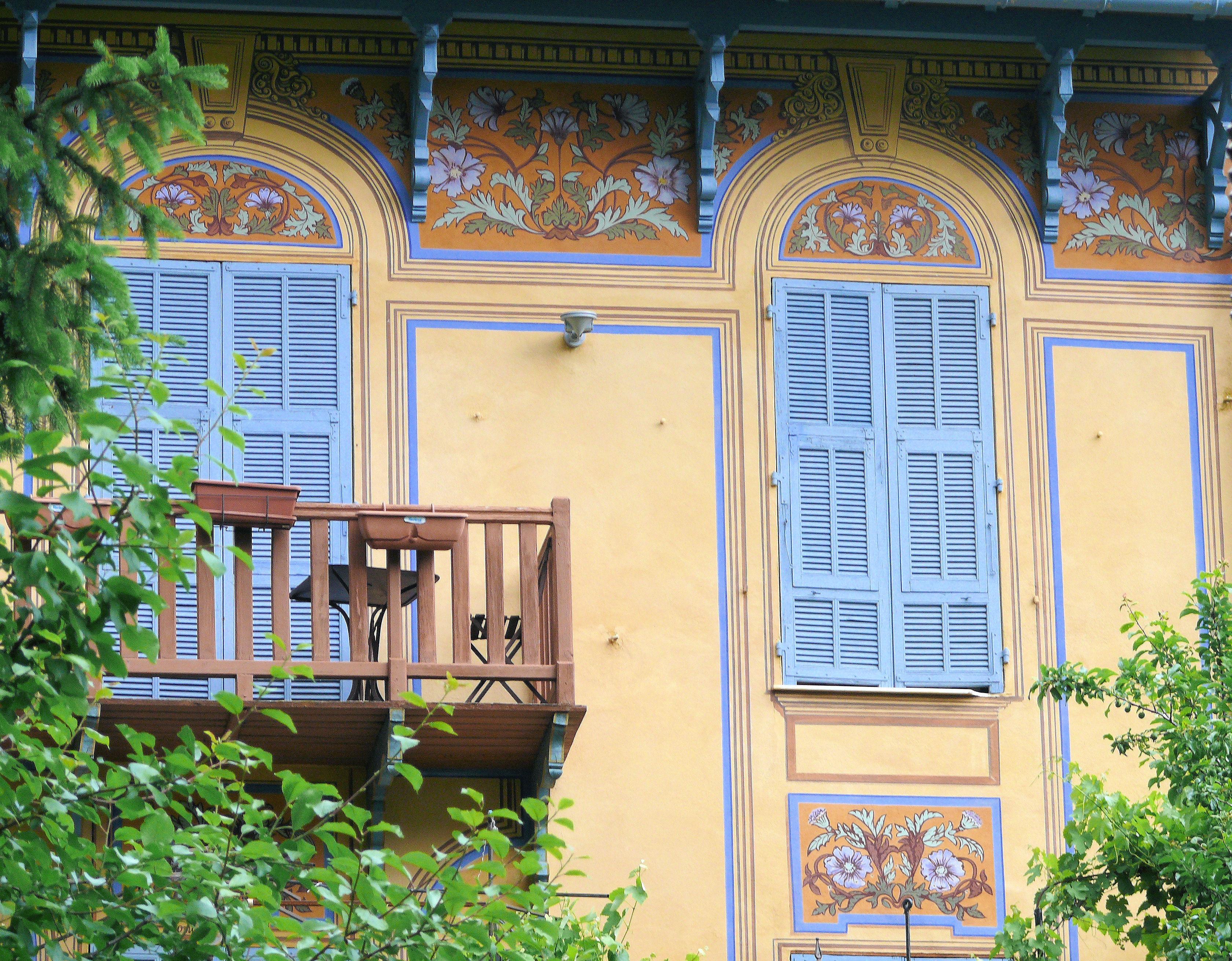 Datei:Saint-Martin-Vésubie - Décoration de façades de villas ...