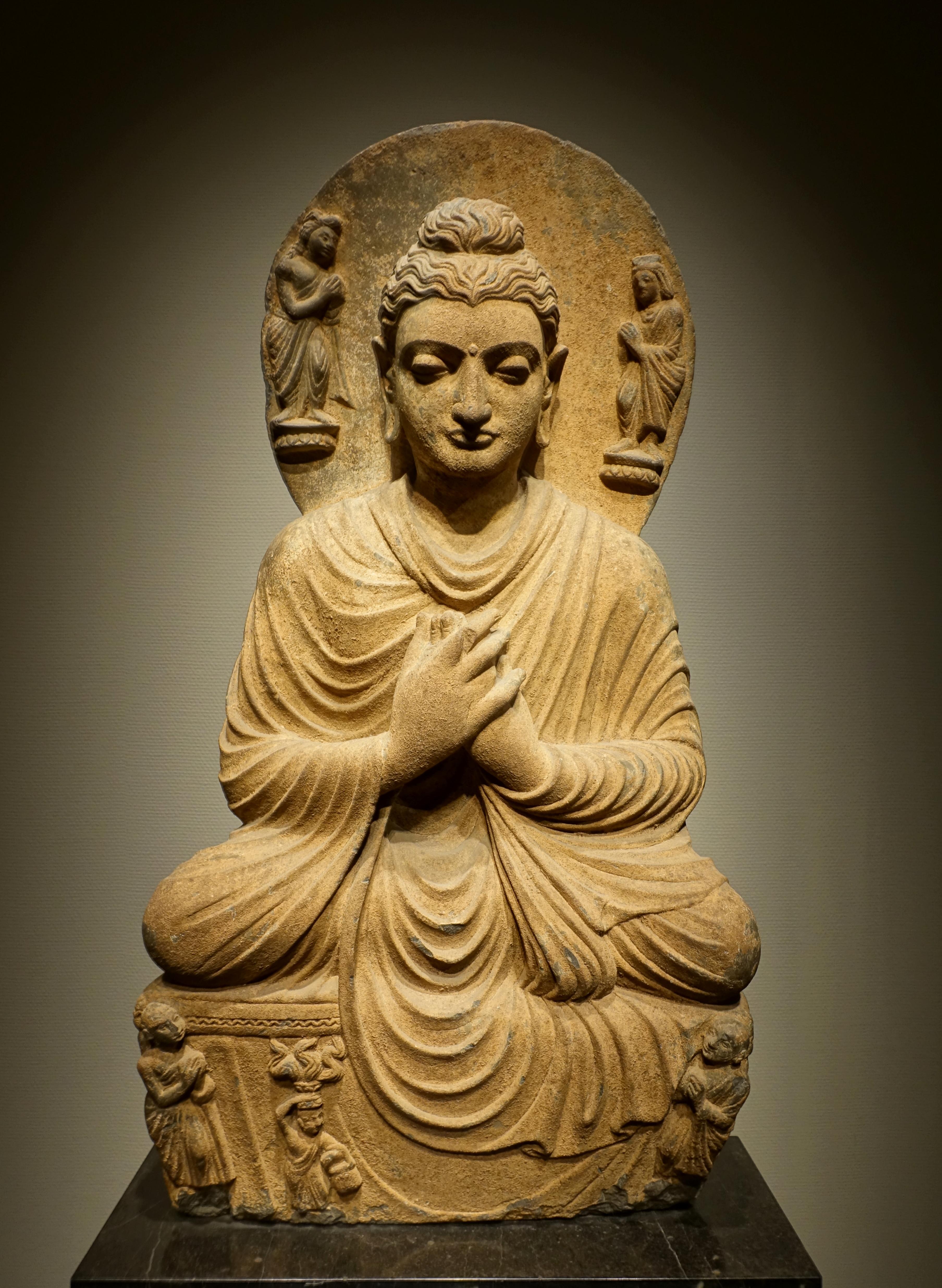 File Seated Buddha Gandhara Pakistan Kushan Dynasty 100s 200s Ad Schist Tokyo National Museum Tokyo Japan Dsc08664 Jpg Wikimedia Commons