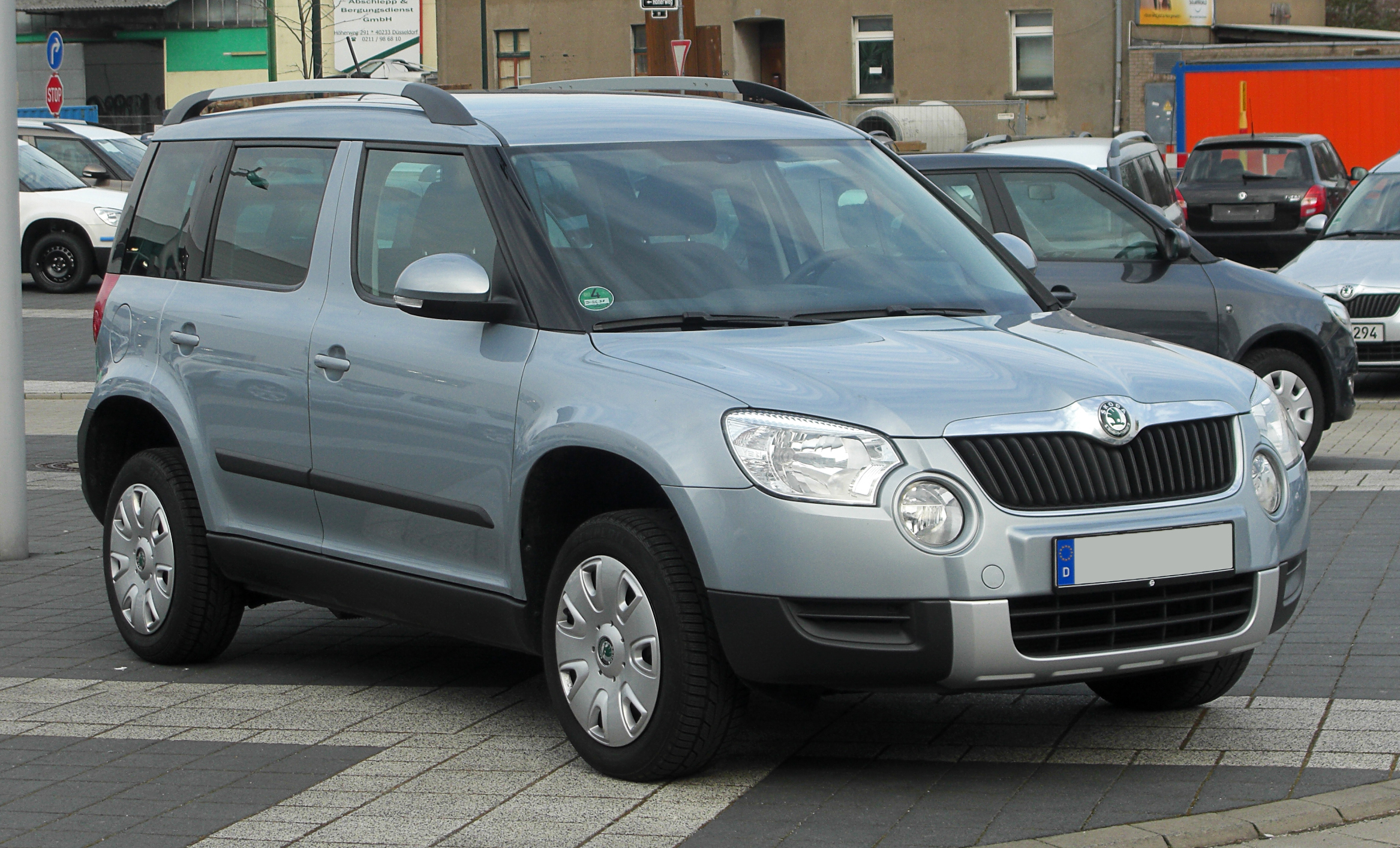 file skoda yeti frontansicht 12 m rz 2011 d sseldorf. Black Bedroom Furniture Sets. Home Design Ideas
