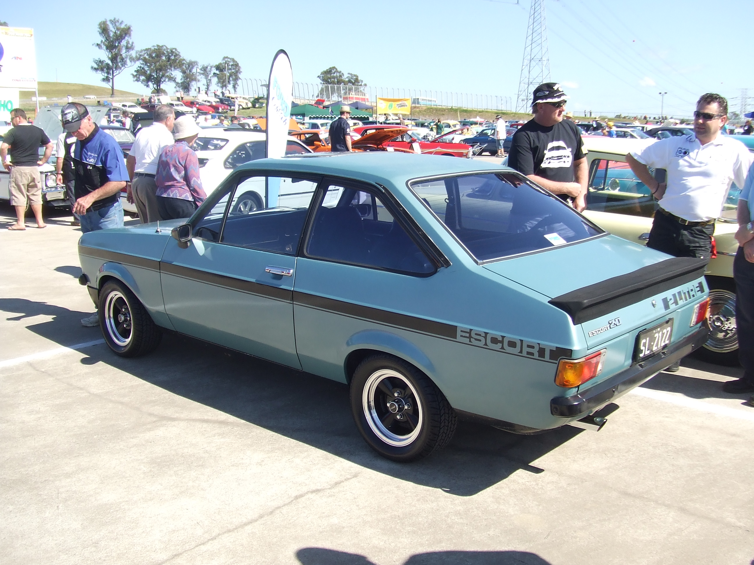 File:1978 Ford Escort (Mark II) GL Rally Pack 2.0 2-door sedan ...